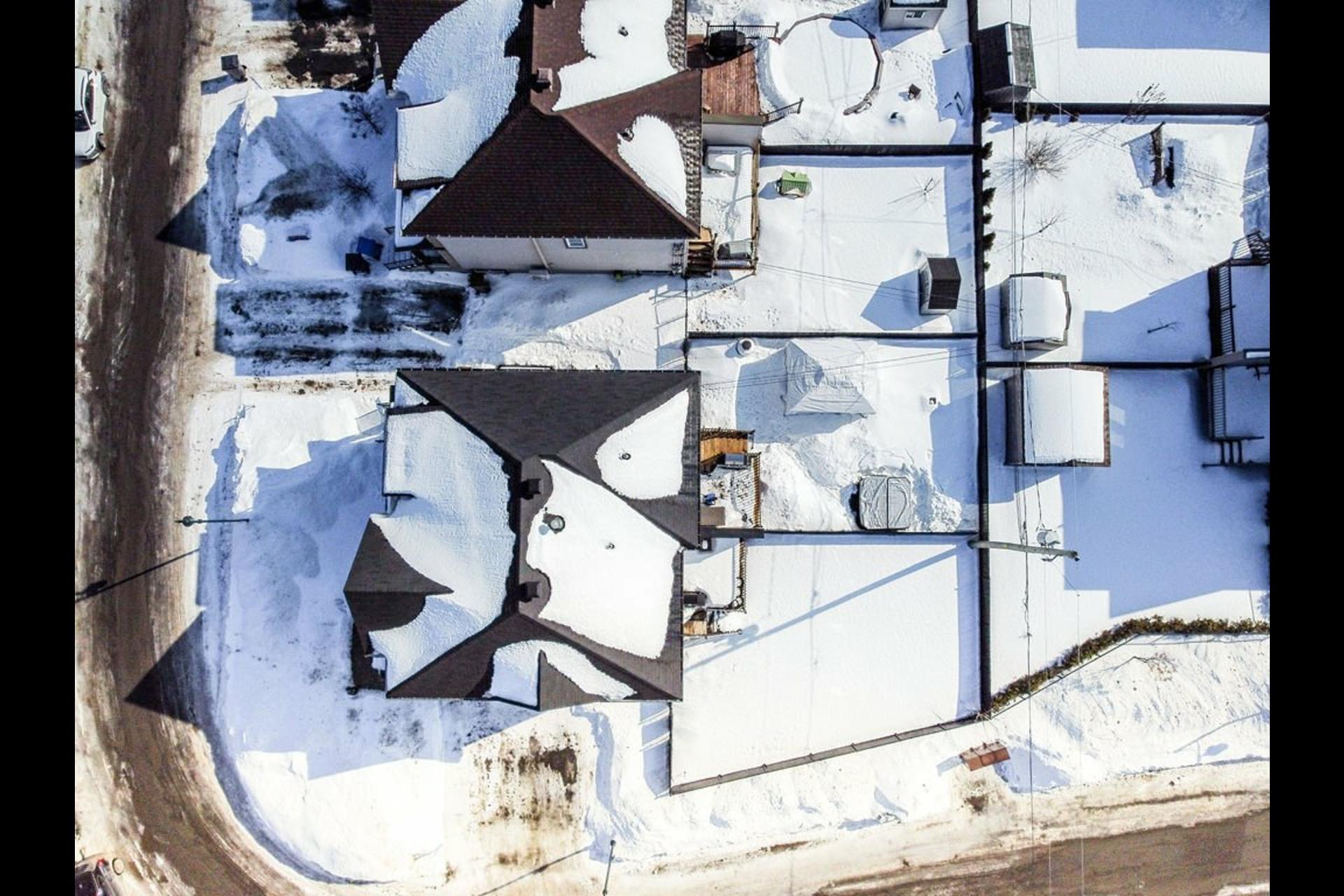 image 34 - Maison À vendre La Plaine Terrebonne  - 12 pièces