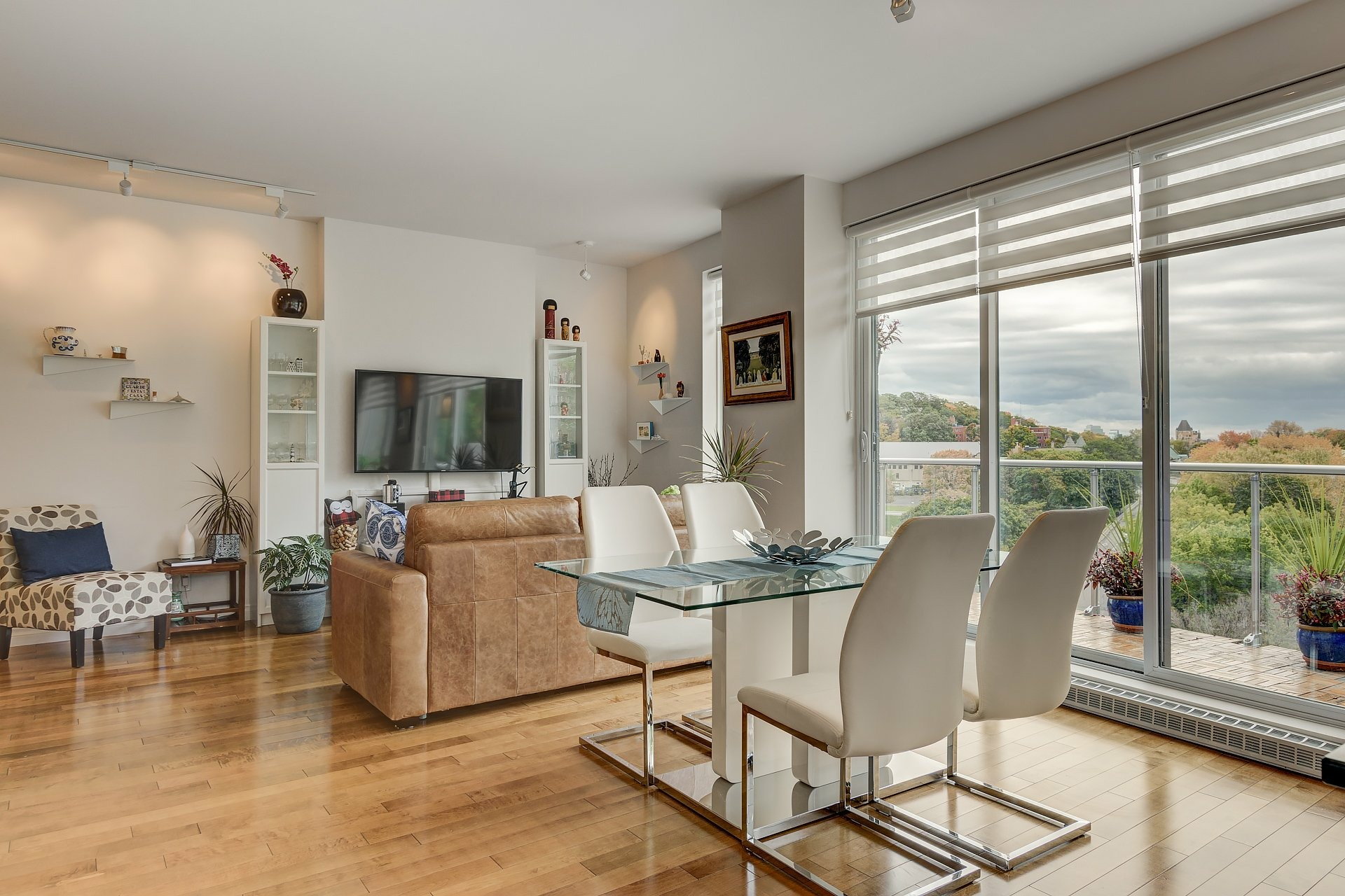 image 3 - Appartement À vendre Côte-des-Neiges/Notre-Dame-de-Grâce Montréal  - 5 pièces