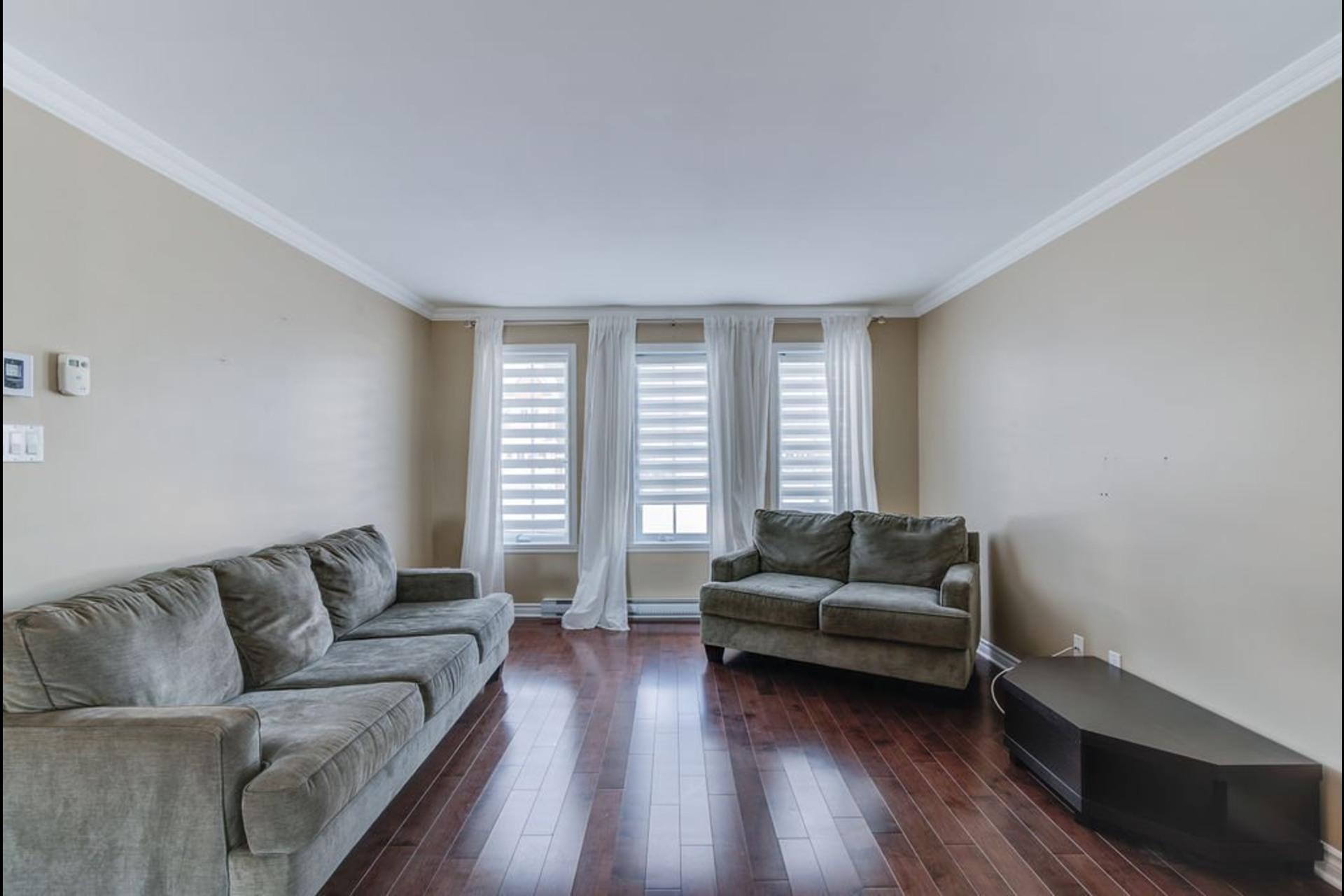 image 10 - Appartement À vendre Mirabel - 7 pièces