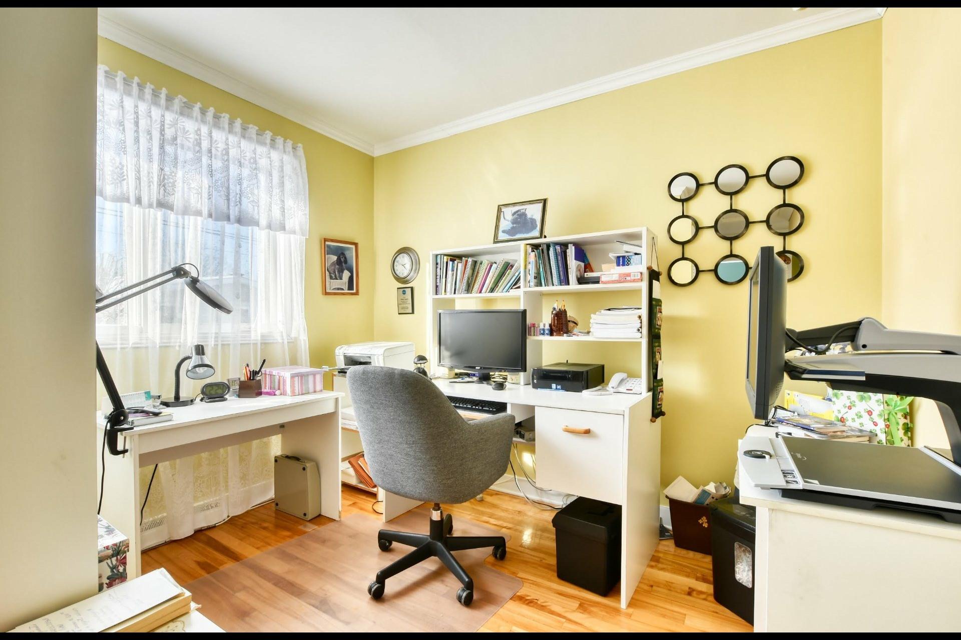 image 12 - Maison À vendre Notre-Dame-des-Prairies - 9 pièces