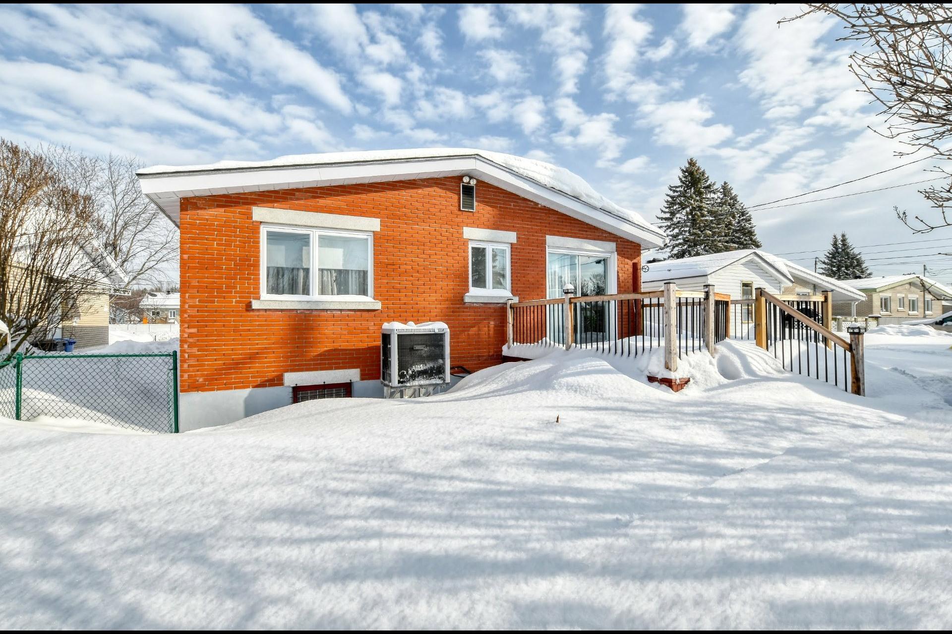 image 20 - Maison À vendre Notre-Dame-des-Prairies - 9 pièces