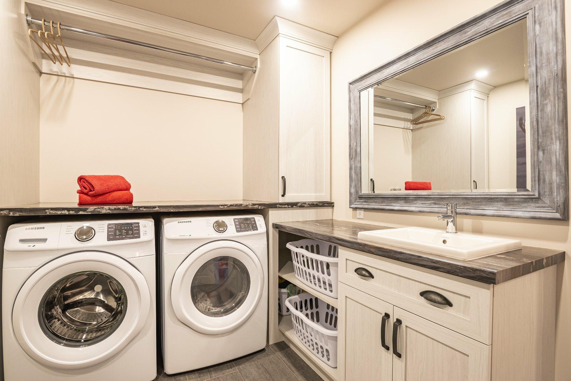 image 30 - Maison À vendre La Haute-Saint-Charles Québec  - 13 pièces