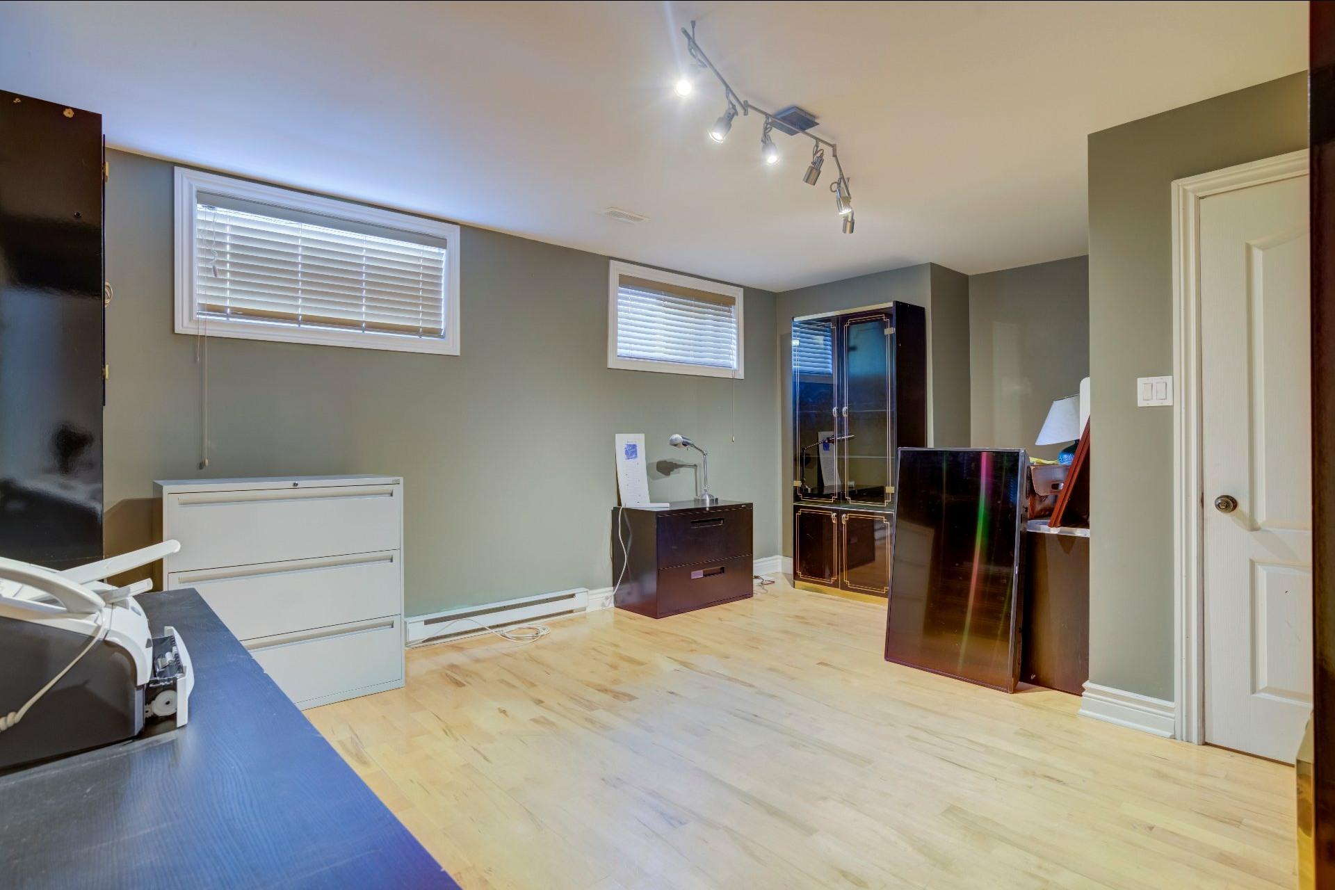 image 42 - Maison À vendre Duvernay Laval  - 13 pièces