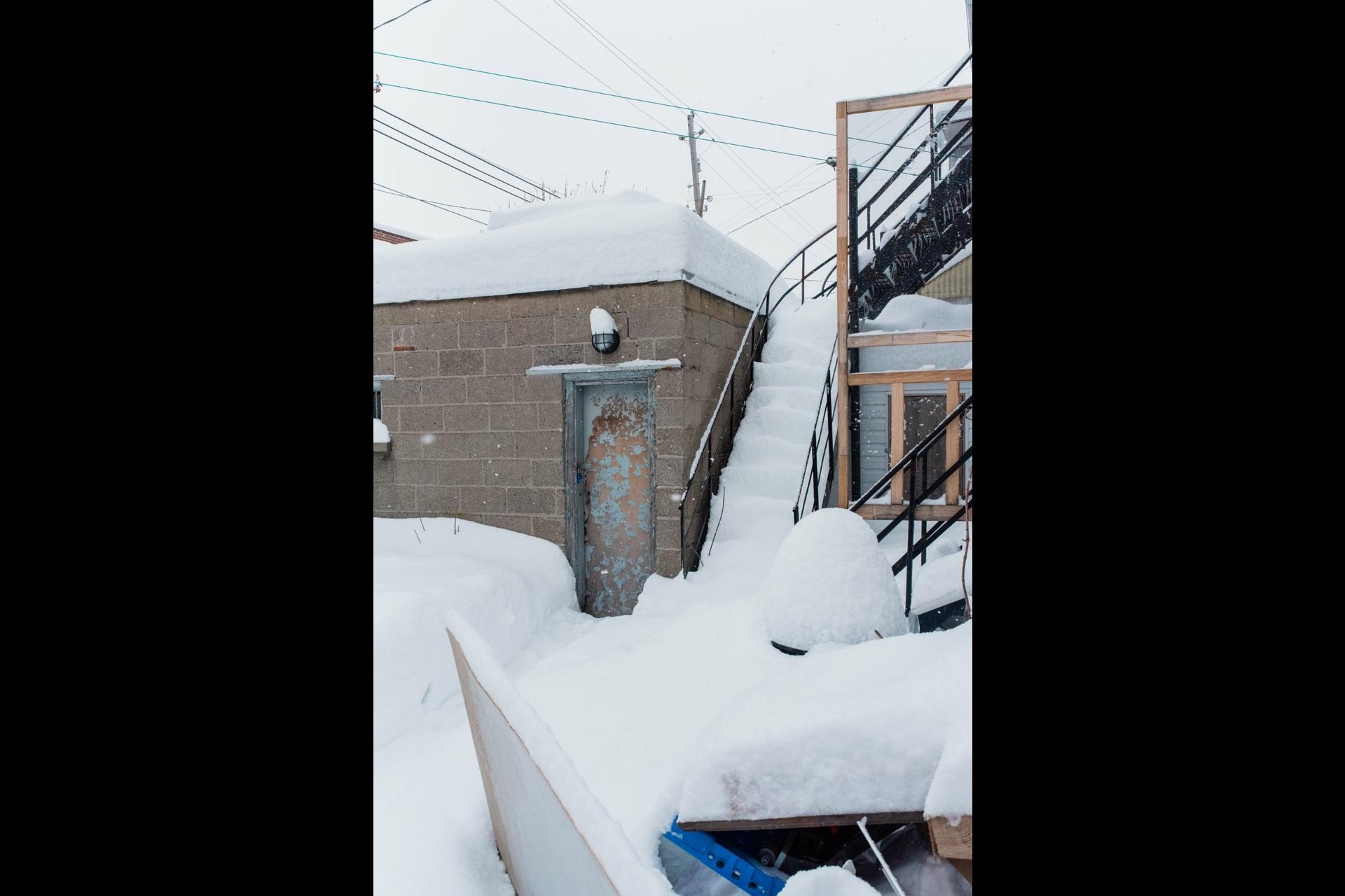 image 16 - Duplex À vendre Villeray/Saint-Michel/Parc-Extension Montréal  - 4 pièces