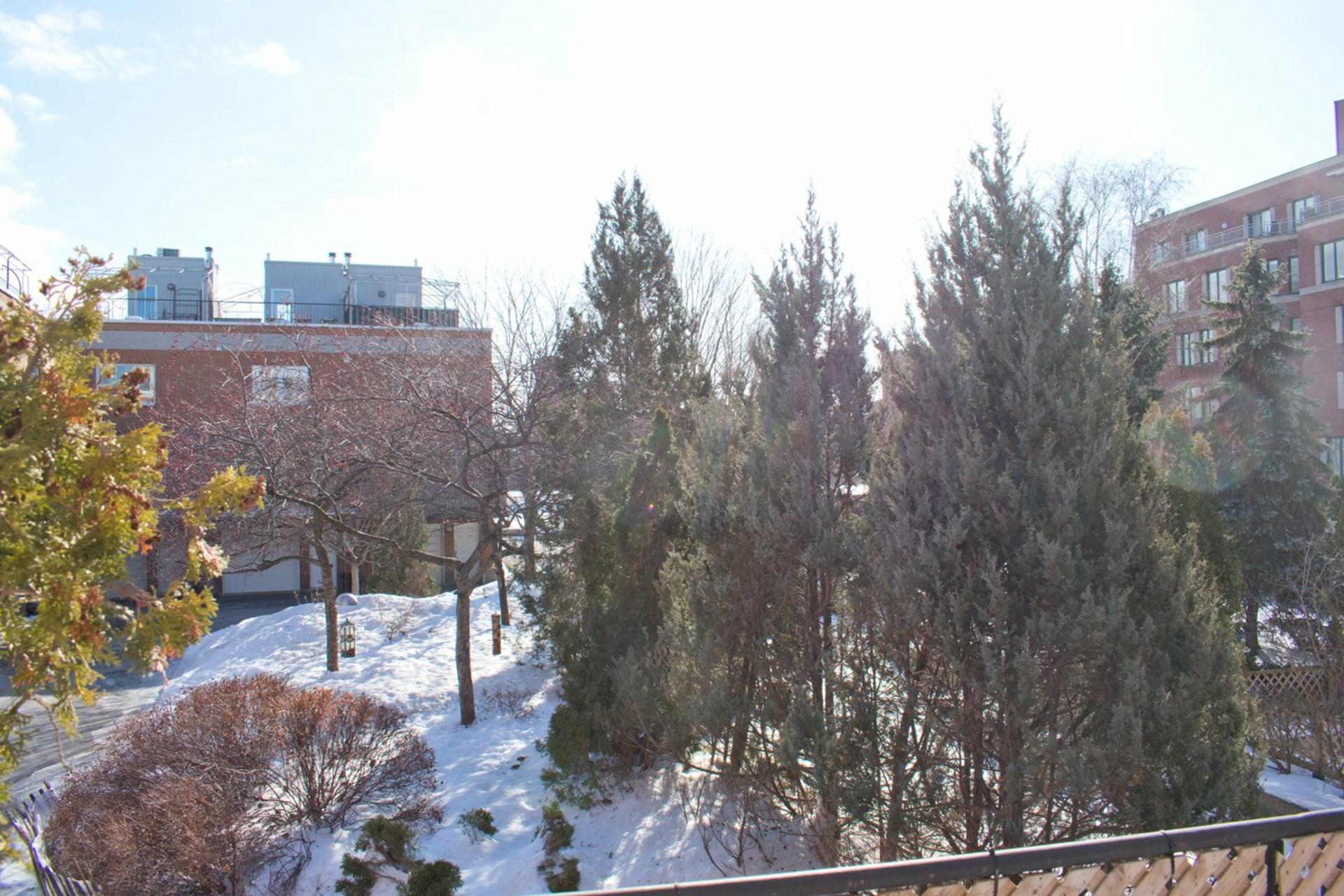 image 15 - Maison À vendre Le Sud-Ouest Montréal  - 9 pièces