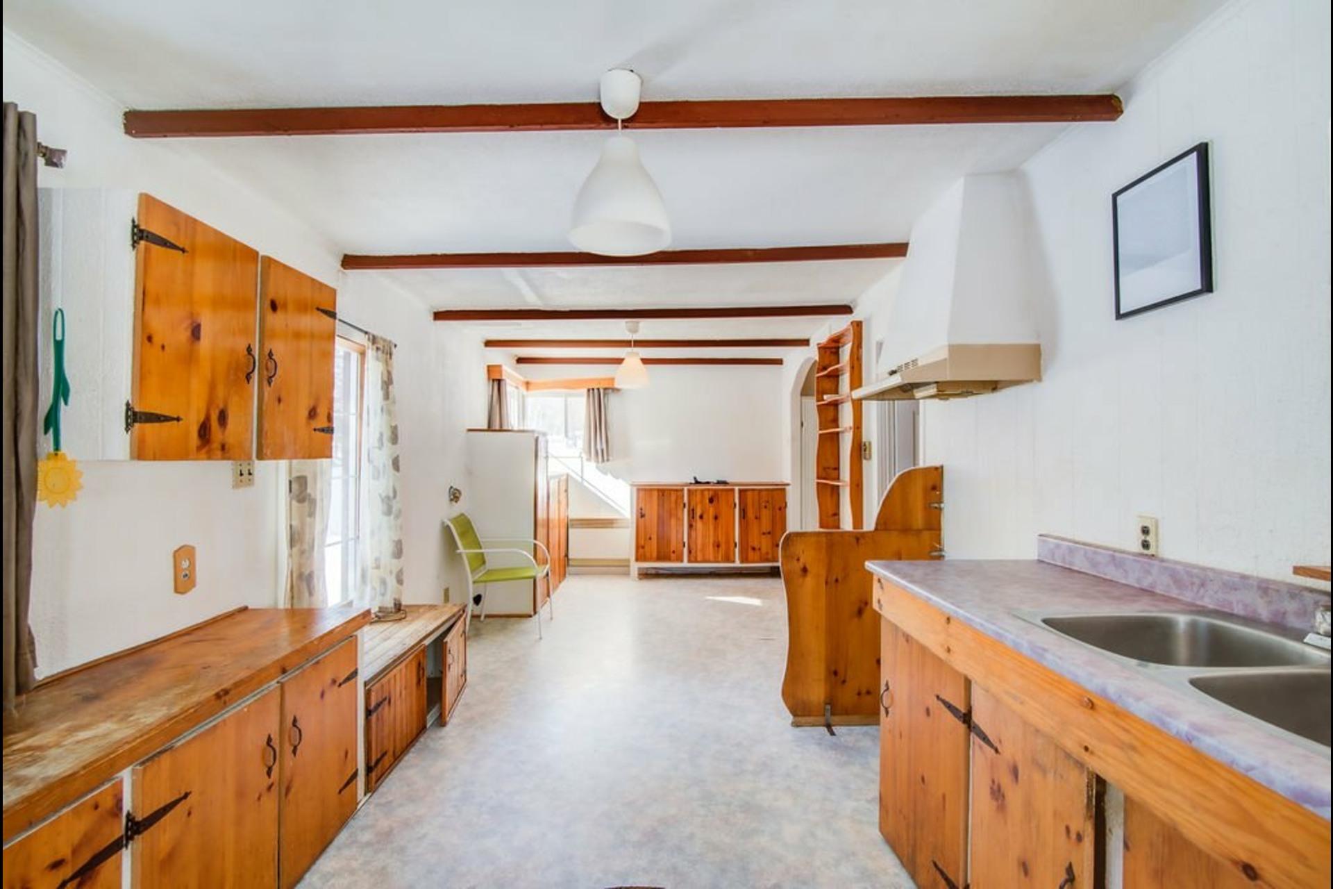 image 8 - House For sale Saint-Calixte - 8 rooms