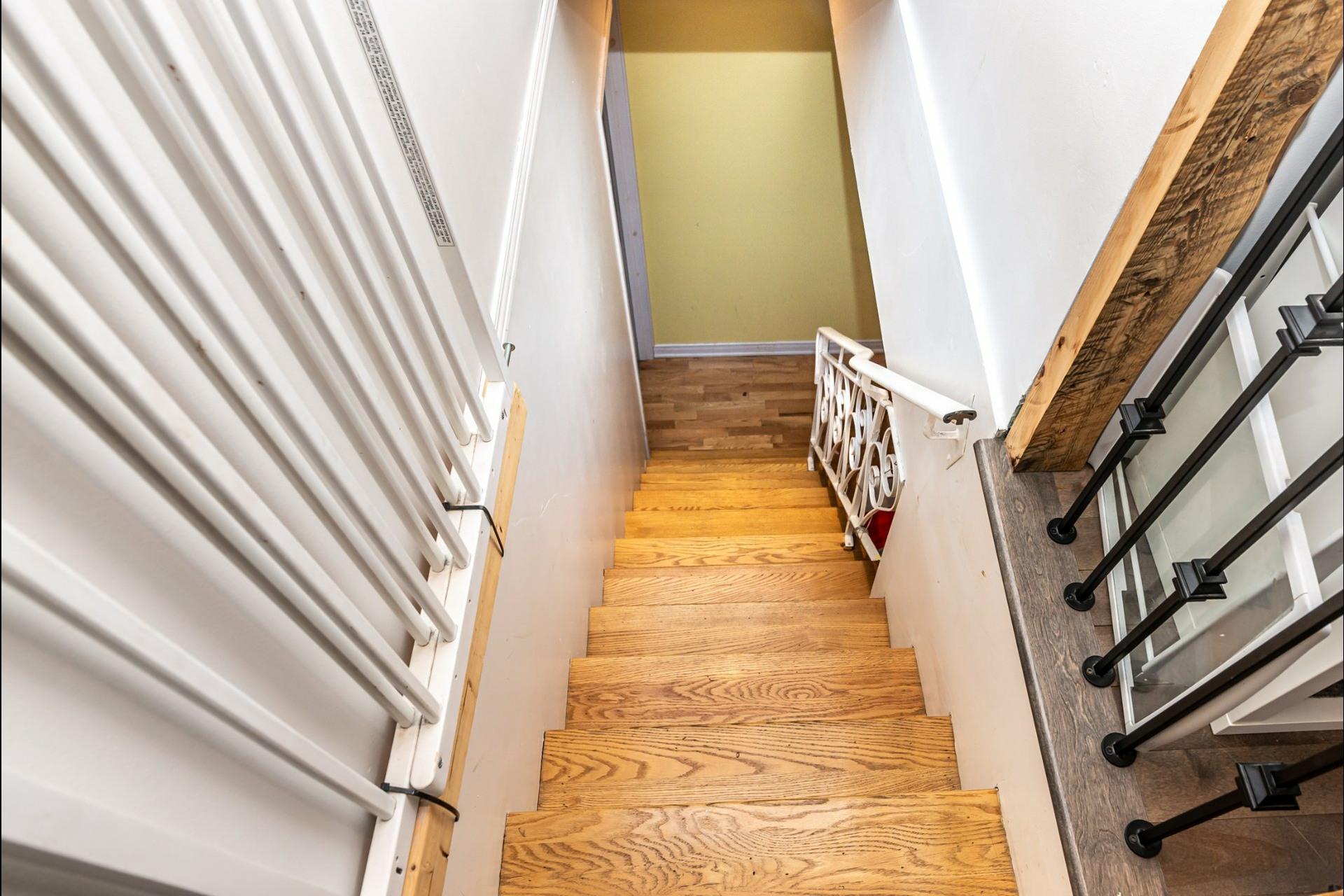 image 12 - Appartement À louer Le Sud-Ouest Montréal  - 7 pièces