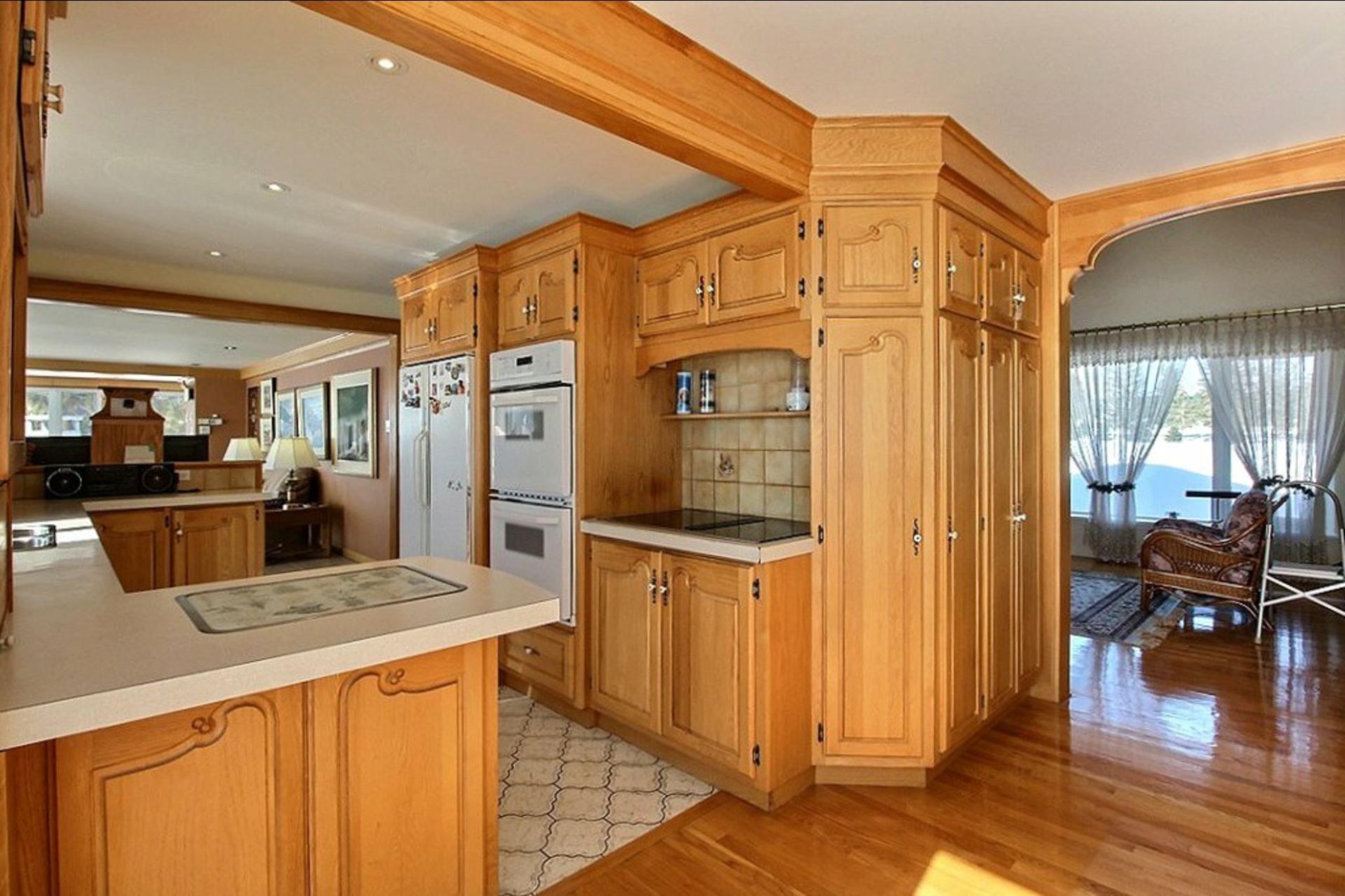 image 3 - House For sale Trois-Rivières - 14 rooms