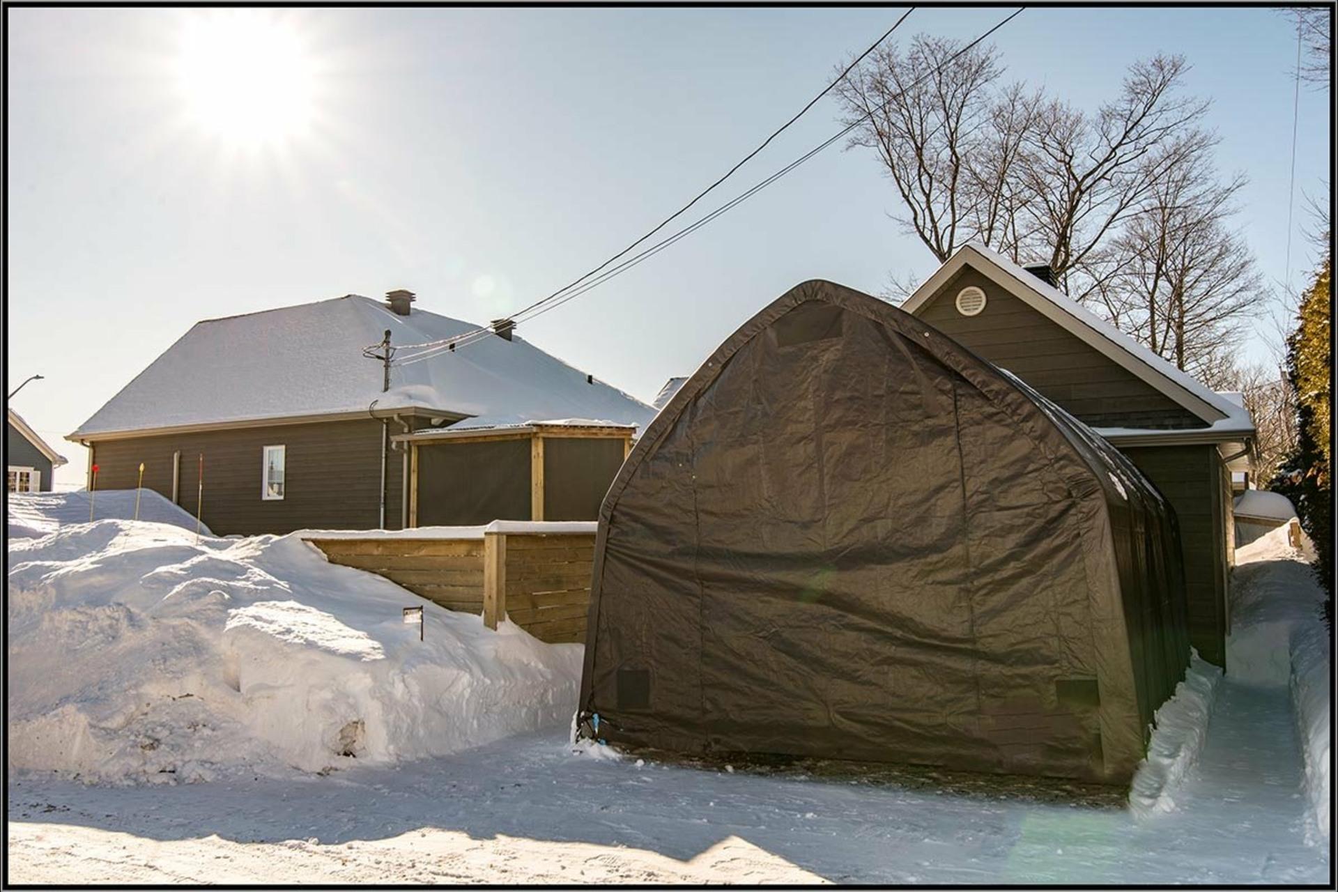 image 17 - Maison À vendre La Haute-Saint-Charles Québec  - 9 pièces