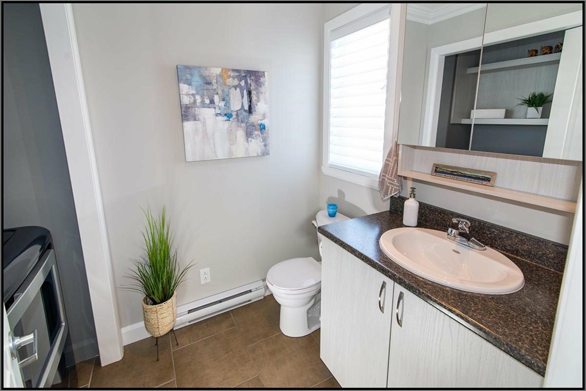 image 7 - House For sale La Haute-Saint-Charles Québec  - 9 rooms