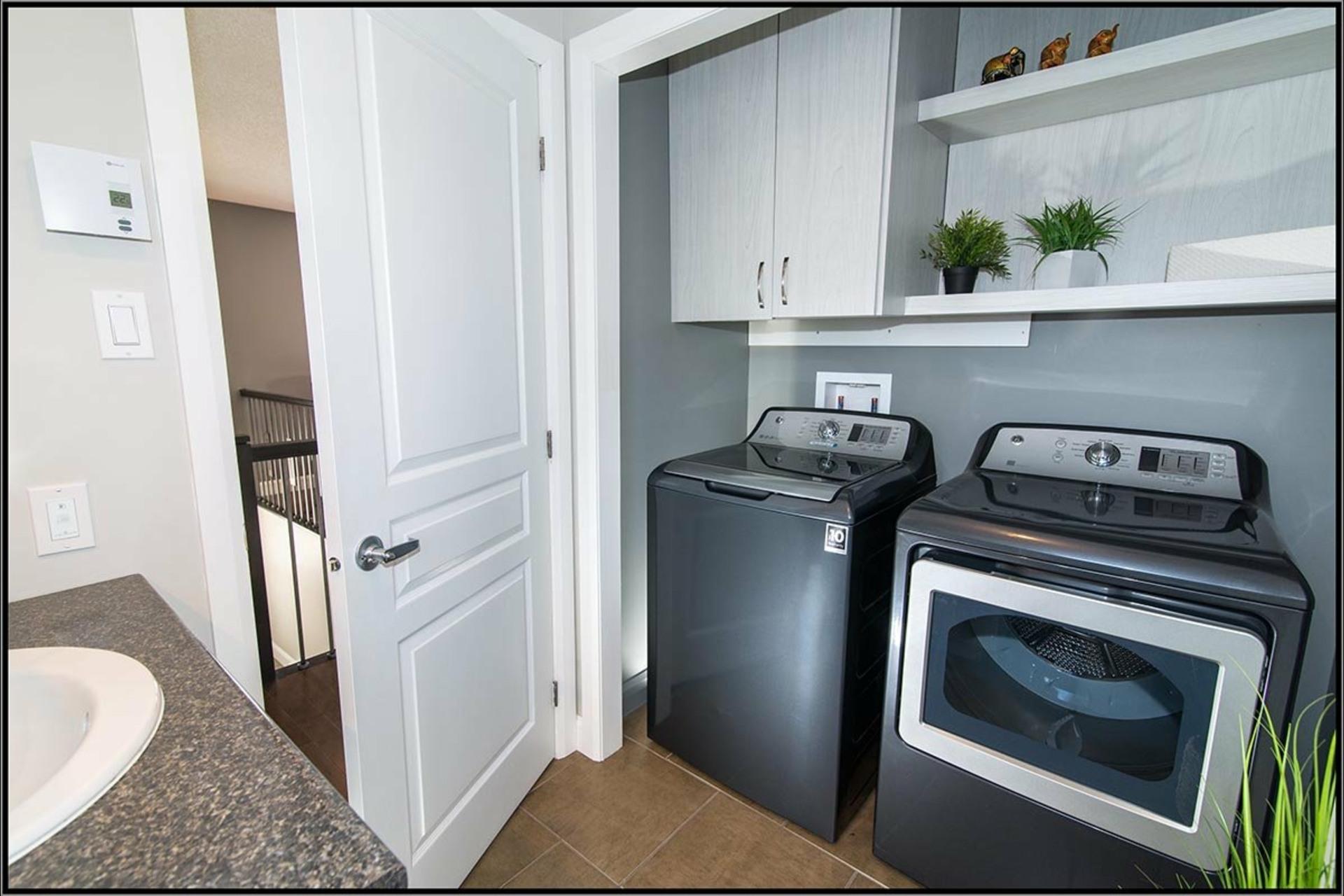 image 8 - House For sale La Haute-Saint-Charles Québec  - 9 rooms