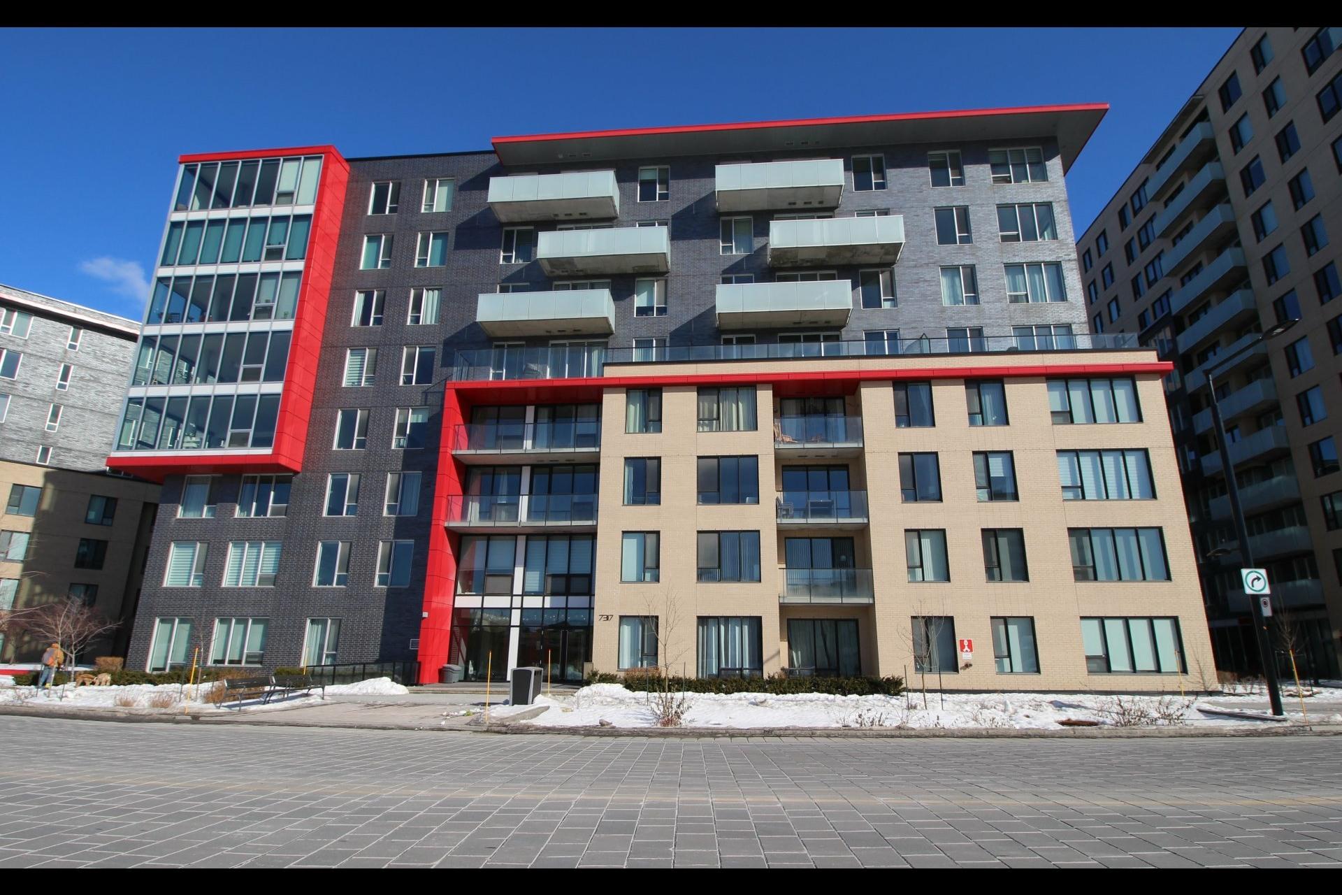 image 2 - Appartement À louer Côte-des-Neiges/Notre-Dame-de-Grâce Montréal  - 4 pièces