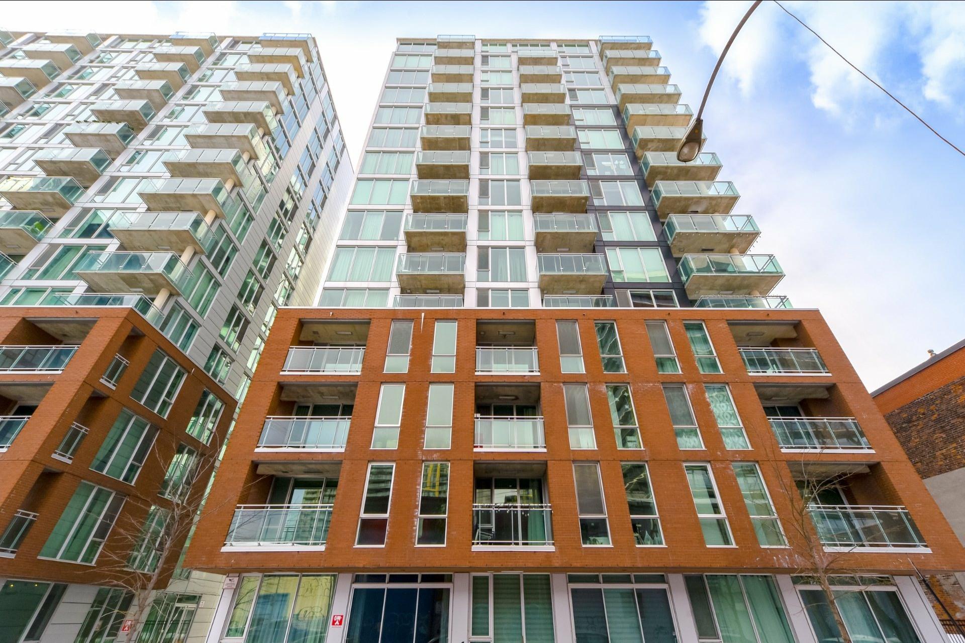 image 30 - Appartement À vendre Le Sud-Ouest Montréal  - 9 pièces