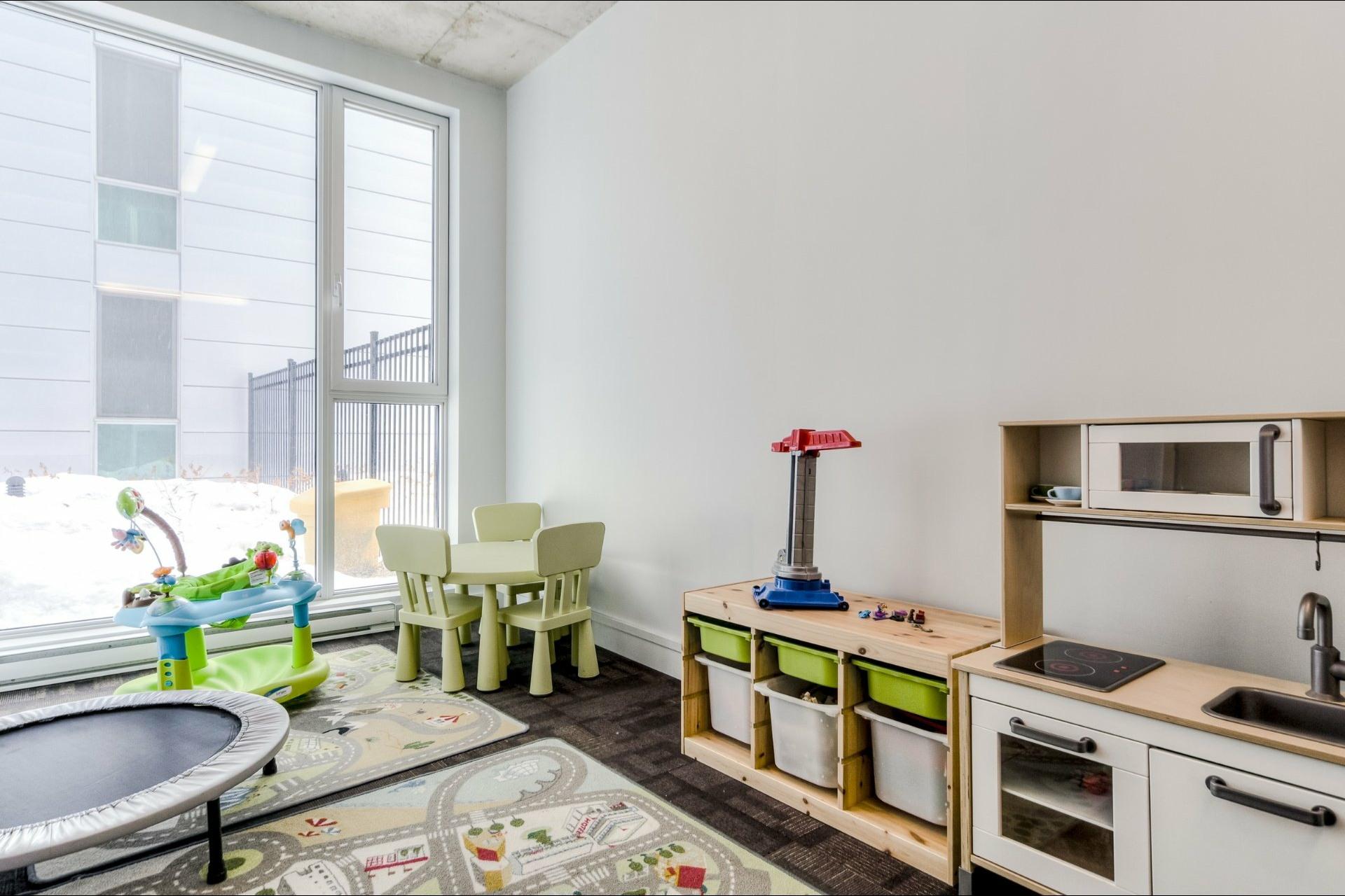 image 28 - Appartement À vendre Le Sud-Ouest Montréal  - 9 pièces