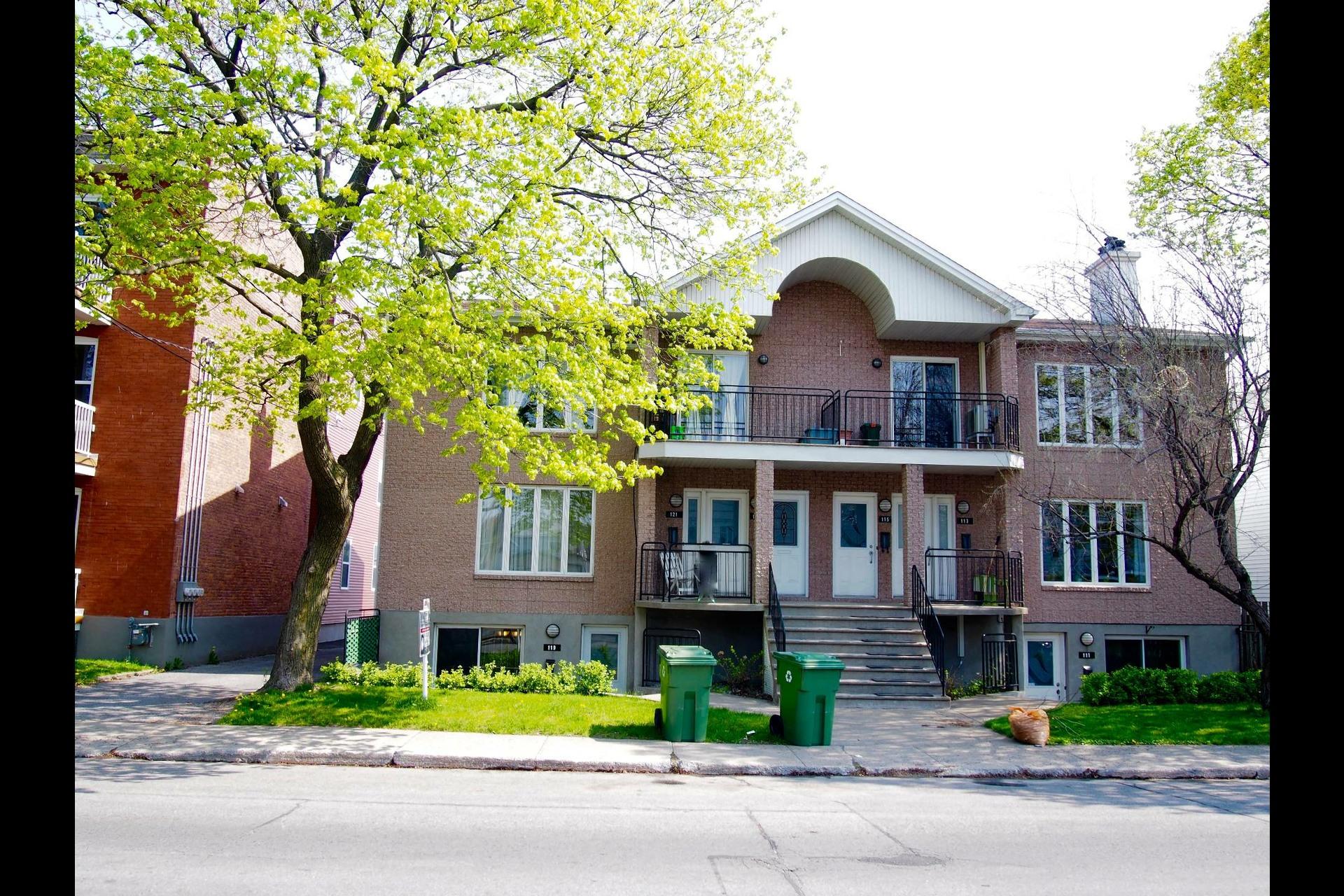 image 1 - Appartement À vendre Lachine Montréal  - 9 pièces