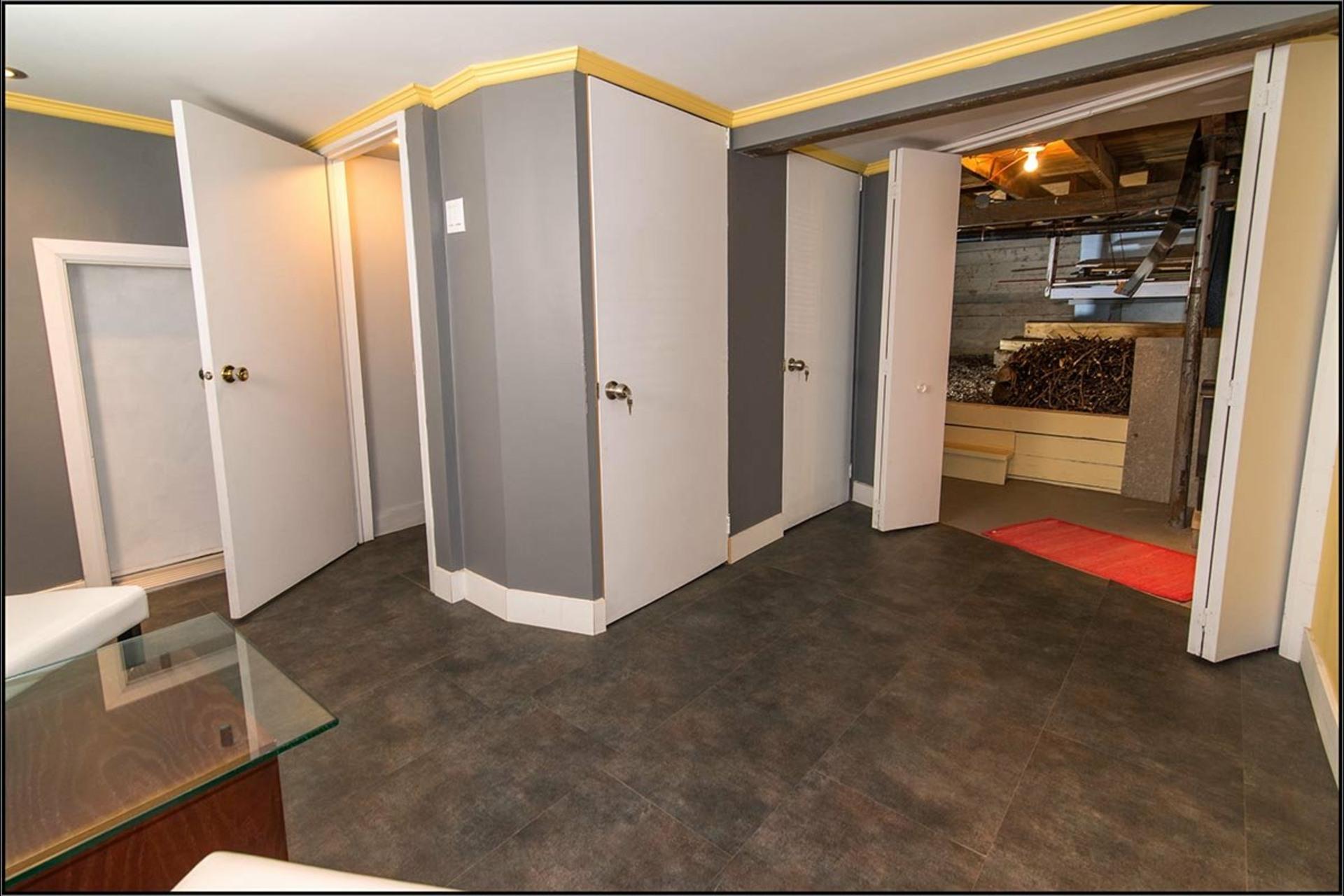 image 13 - House For sale Saint-Jean-de-l'Île-d'Orléans - 12 rooms
