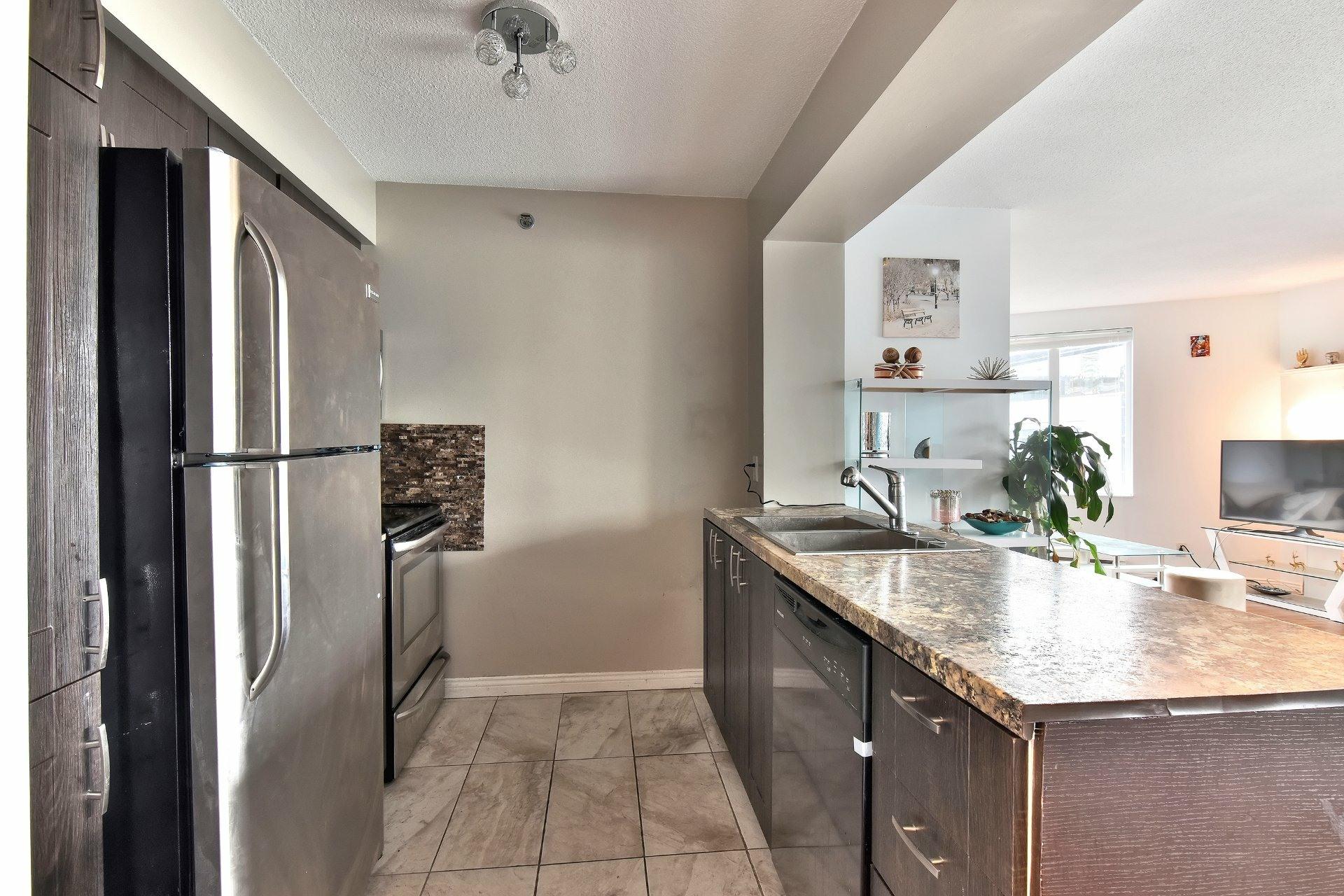 image 10 - Appartement À louer Ville-Marie Montréal  - 6 pièces
