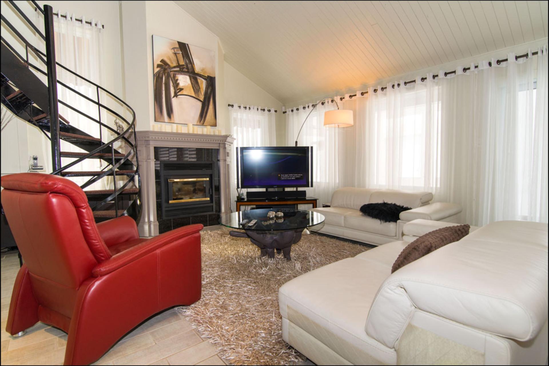 image 2 - House For sale Fossambault-sur-le-Lac - 8 rooms