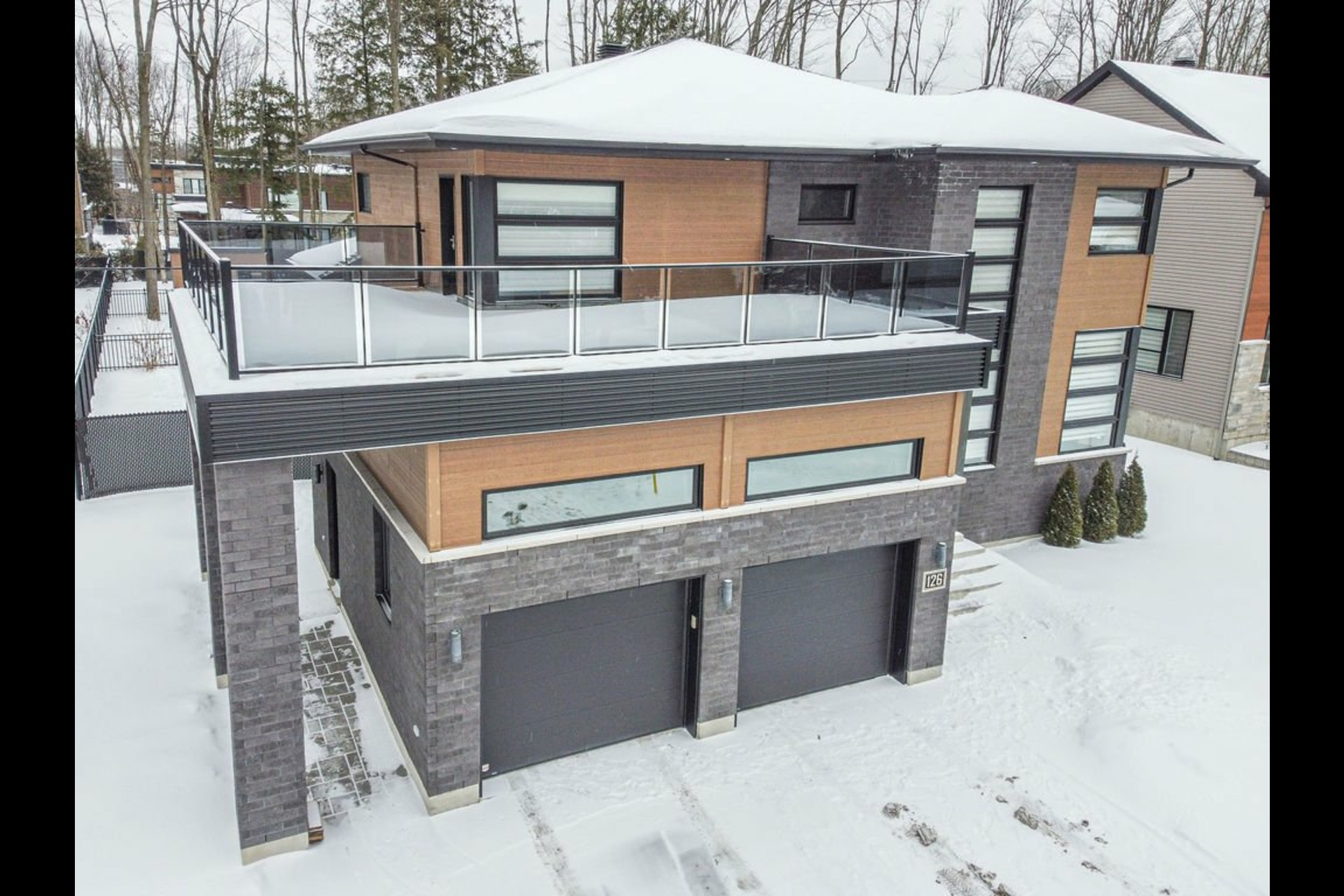 image 1 - House For sale Blainville - 17 rooms