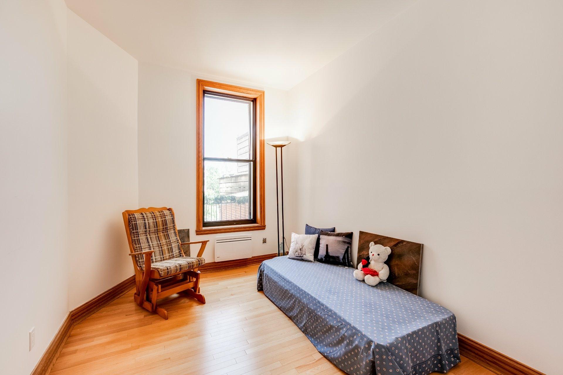 image 9 - Appartement À louer Ville-Marie Montréal  - 12 pièces