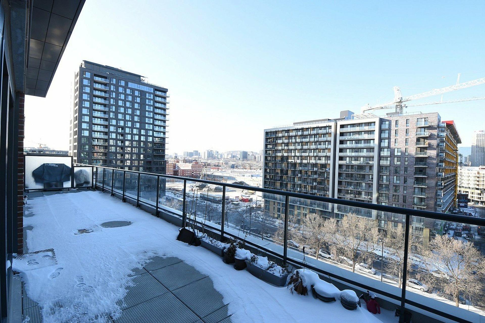 image 17 - Appartement À louer Le Sud-Ouest Montréal  - 4 pièces