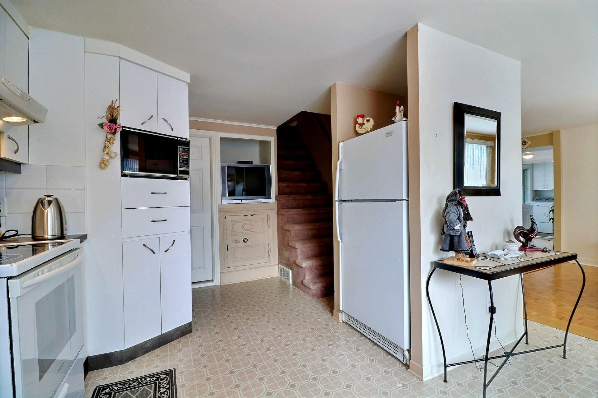 image 10 - Maison À vendre Duvernay Laval  - 12 pièces