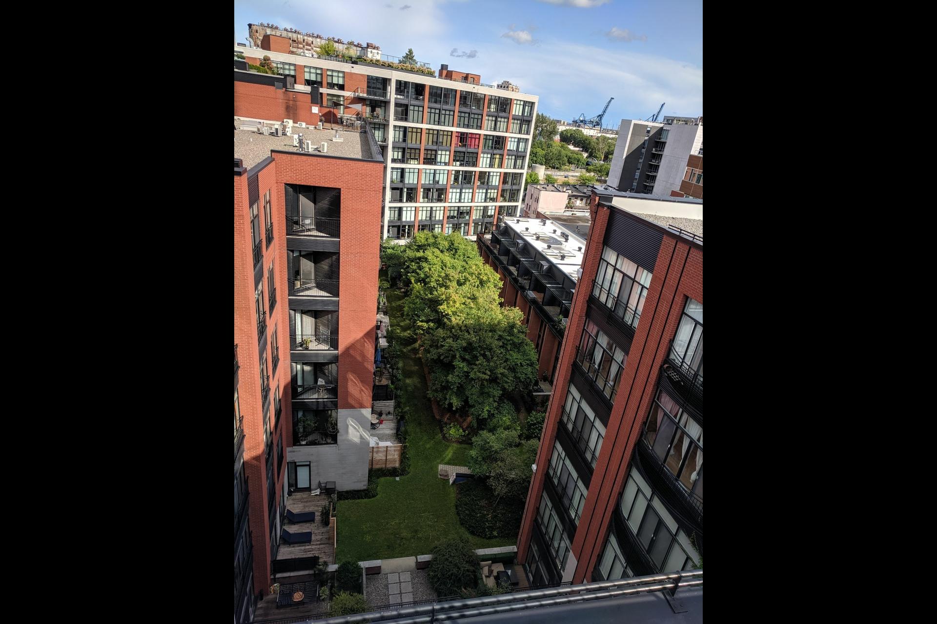 image 20 - Appartement À louer Ville-Marie Montréal  - 4 pièces