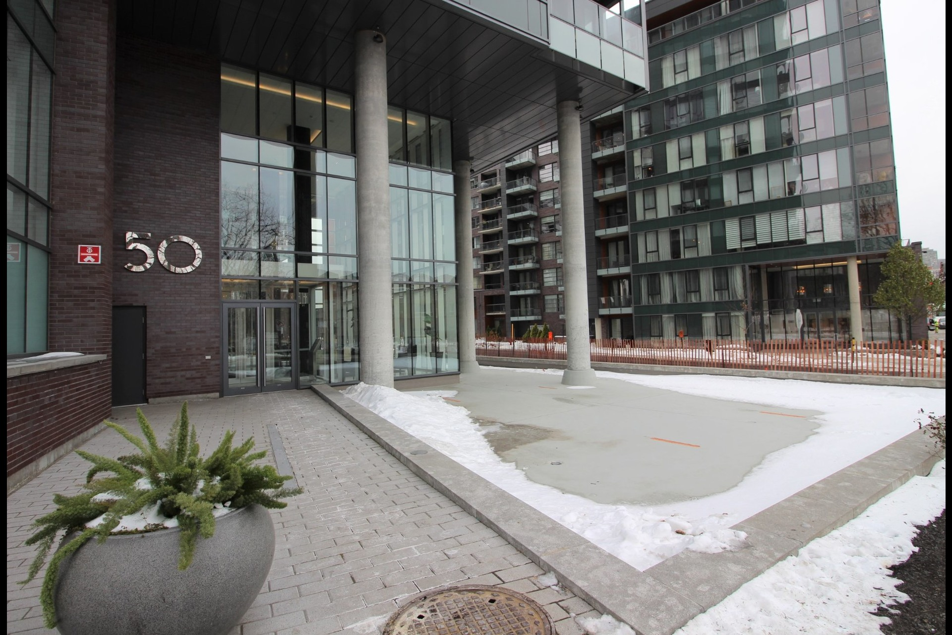 image 21 - Appartement À louer Le Sud-Ouest Montréal  - 6 pièces