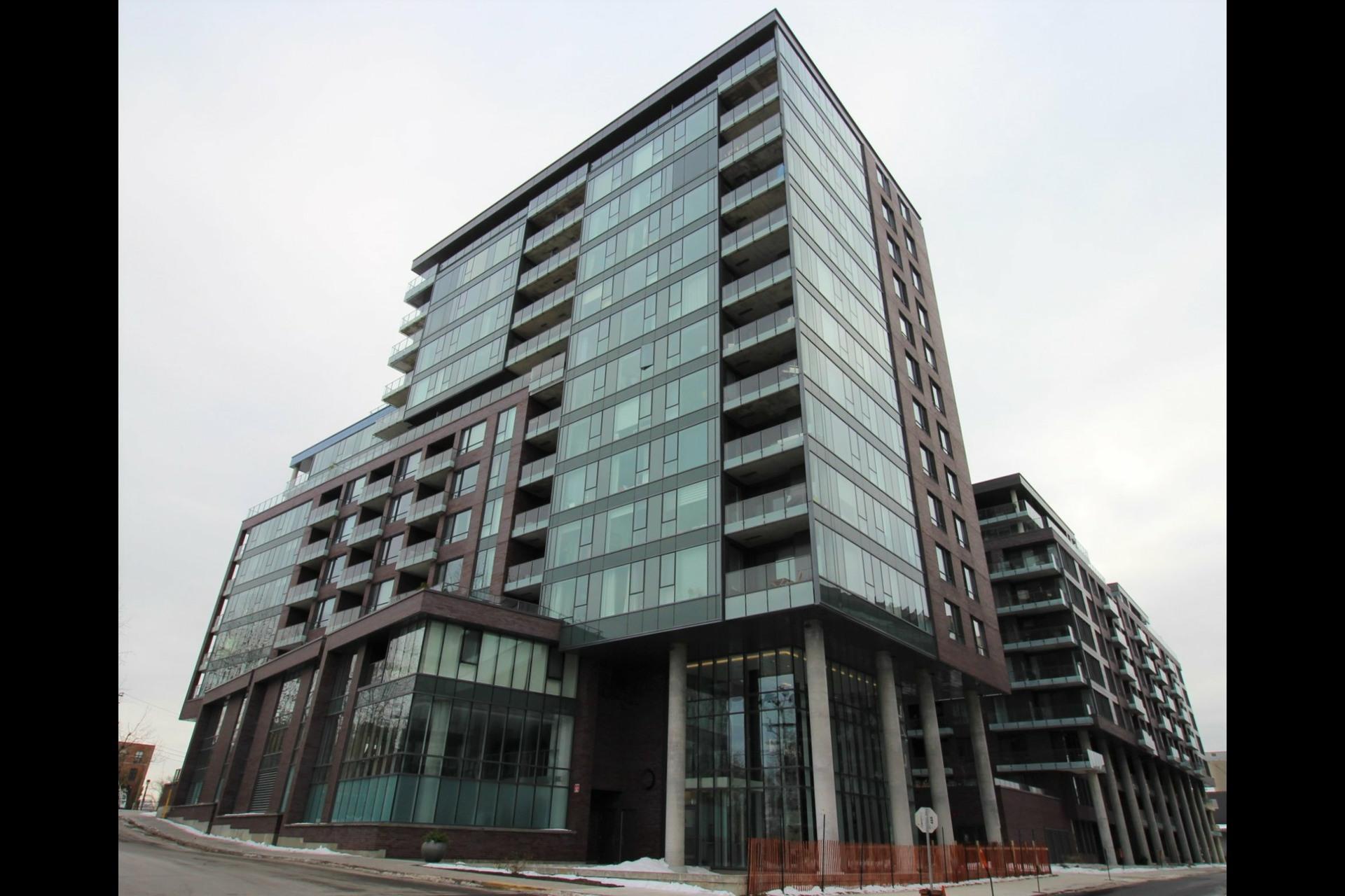 image 22 - Appartement À louer Le Sud-Ouest Montréal  - 6 pièces