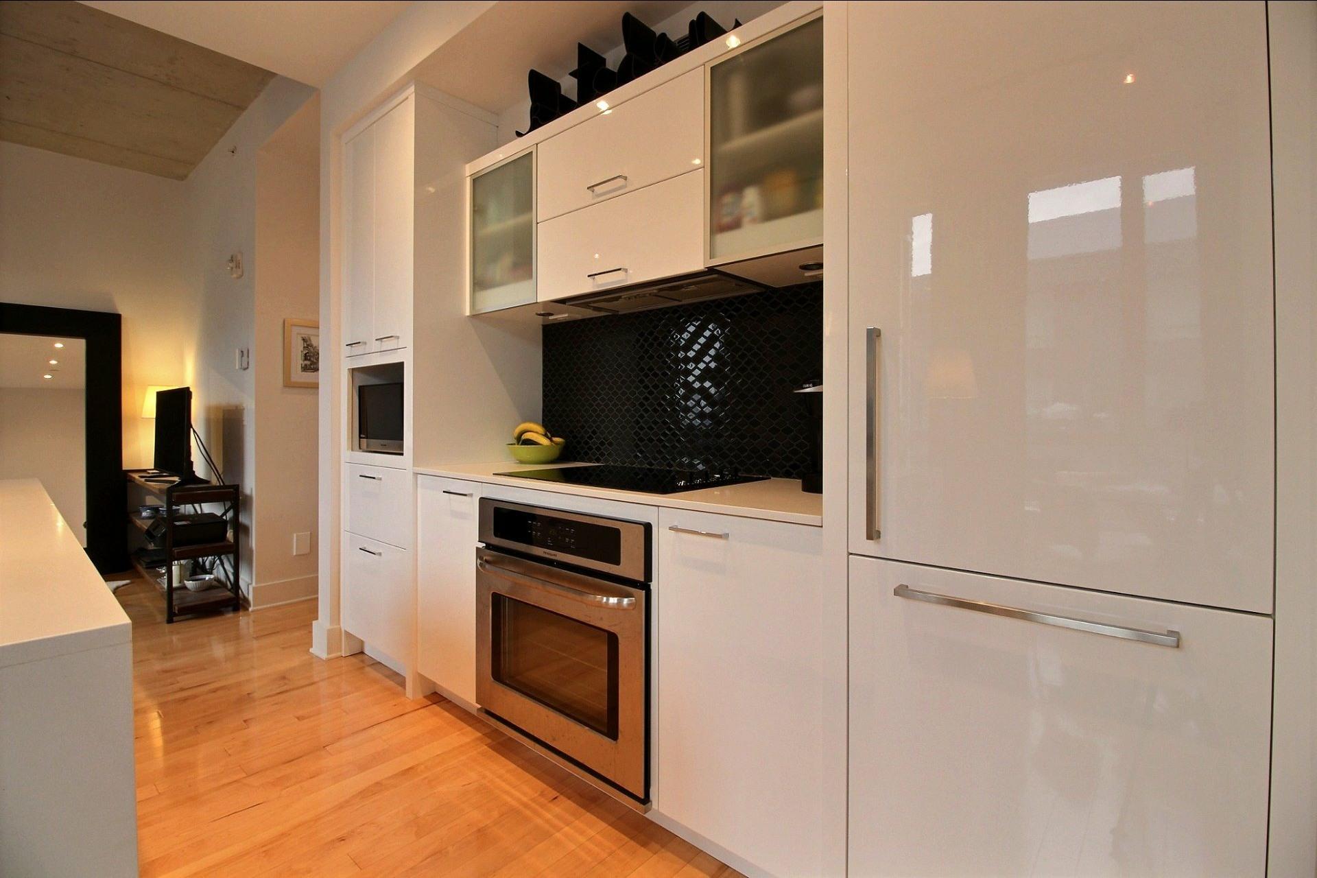 image 10 - Appartement À louer Le Sud-Ouest Montréal  - 6 pièces