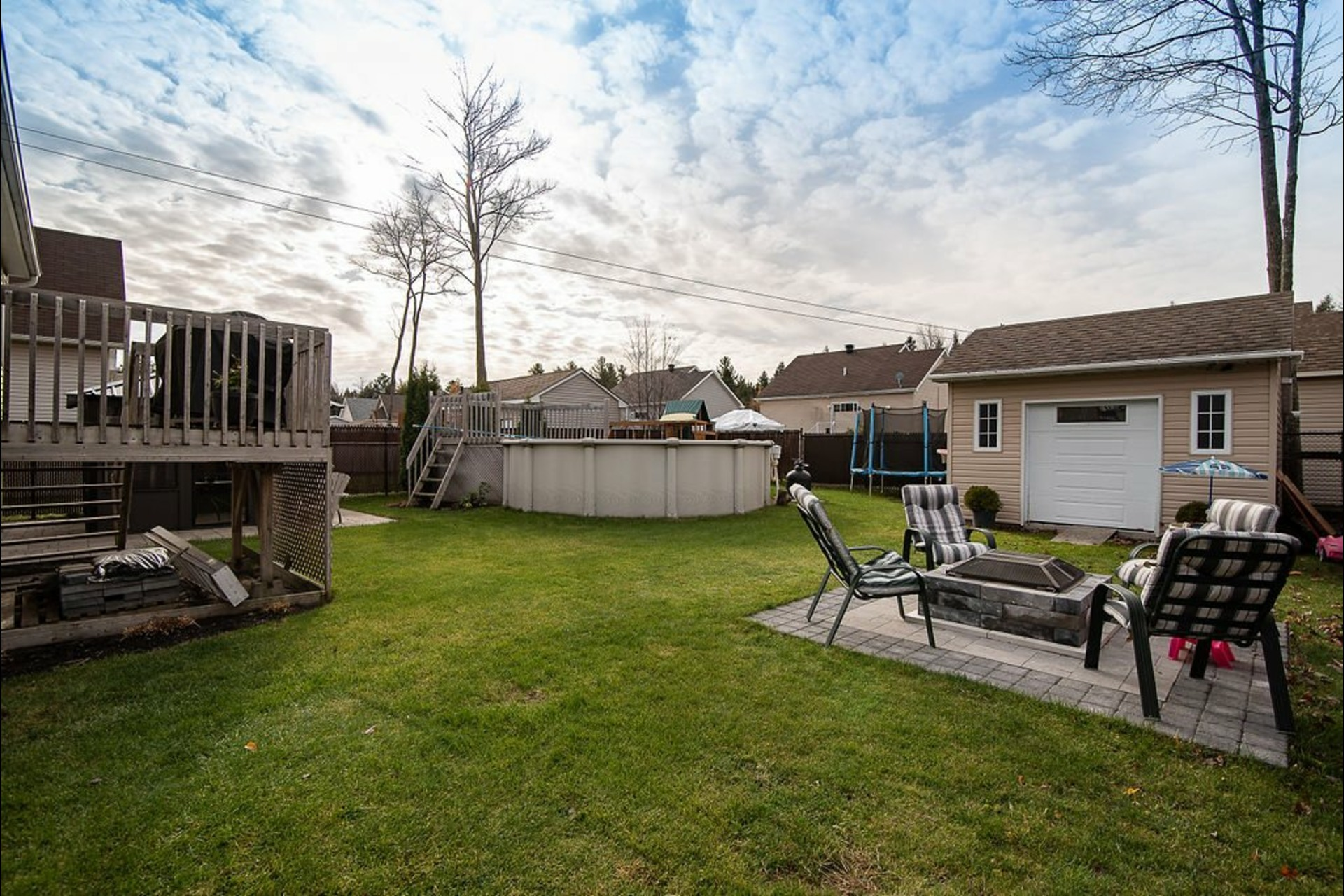 image 1 - House For sale Saint-Lin/Laurentides - 11 rooms