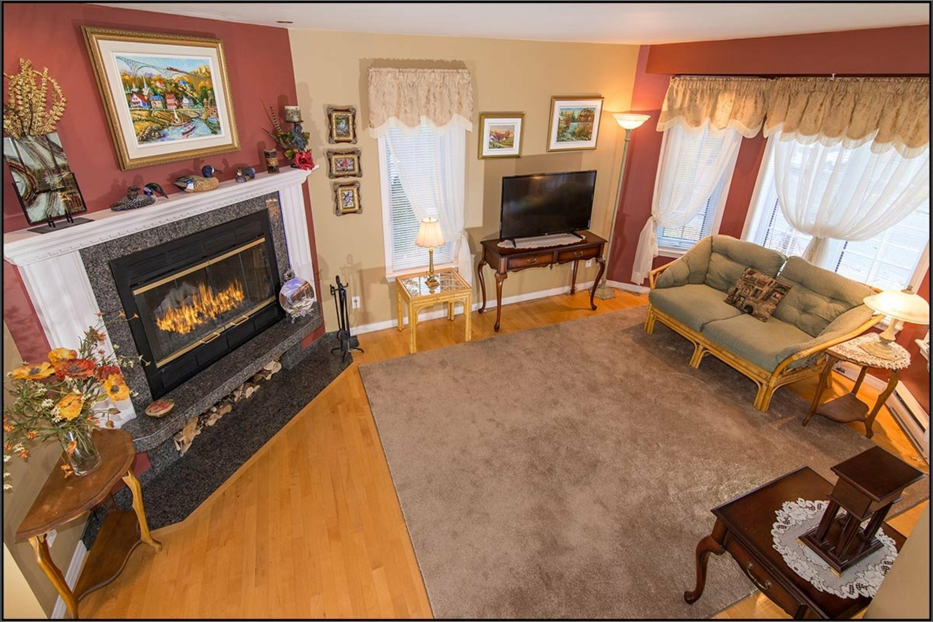 image 2 - House For sale Sainte-Foy/Sillery/Cap-Rouge Québec  - 11 rooms