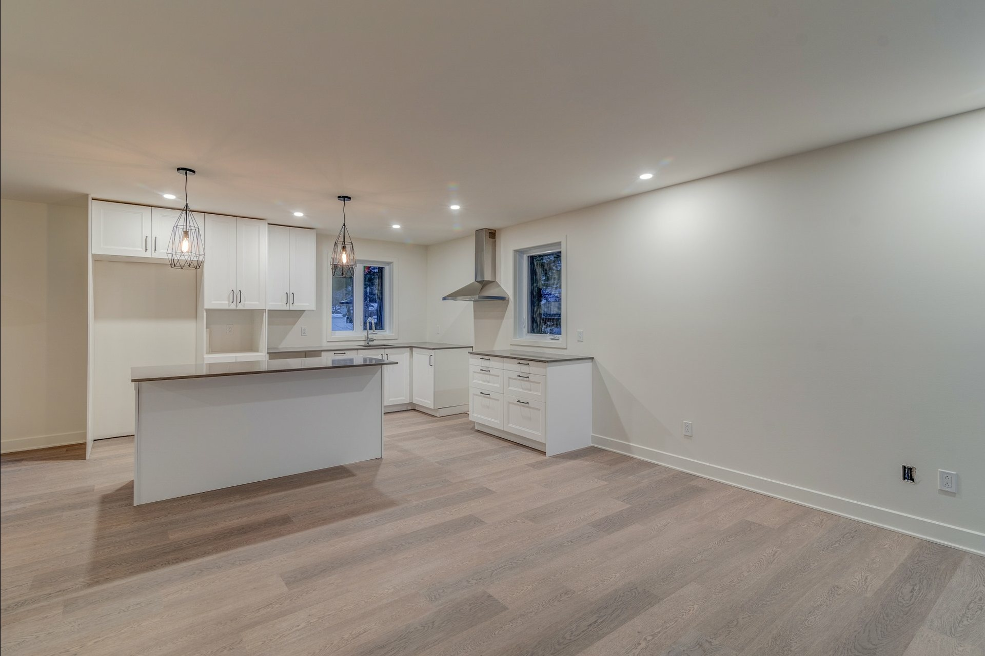 image 3 - House For sale Blainville - 11 rooms