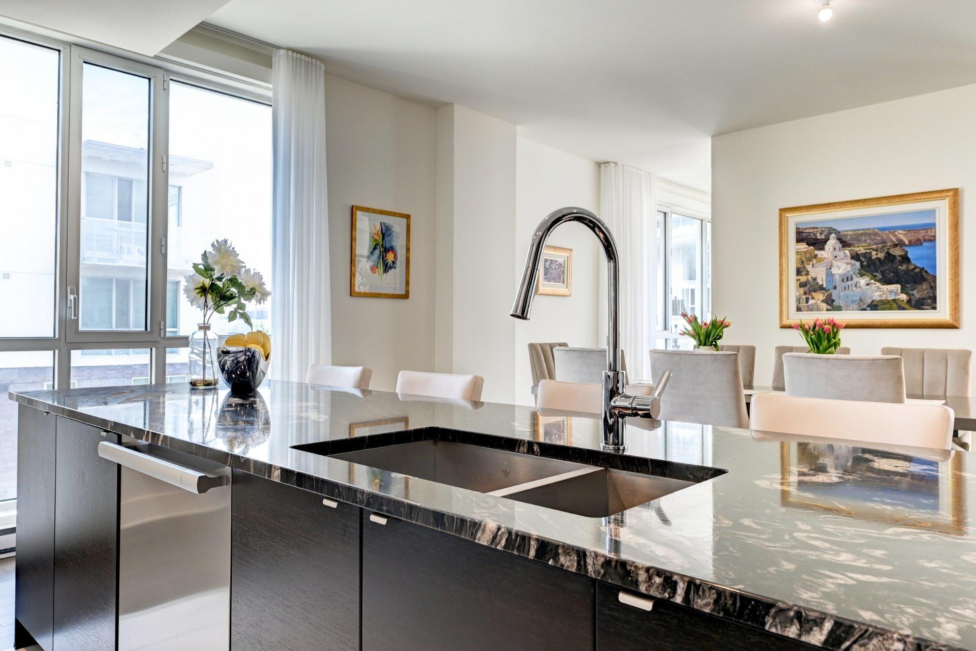 image 15 - Appartement À vendre Côte-des-Neiges/Notre-Dame-de-Grâce Montréal  - 16 pièces