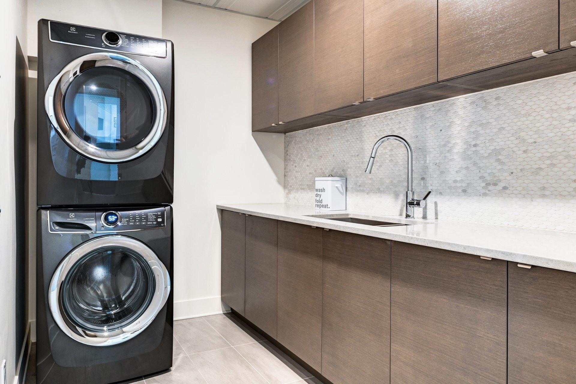 image 33 - Appartement À vendre Côte-des-Neiges/Notre-Dame-de-Grâce Montréal  - 16 pièces