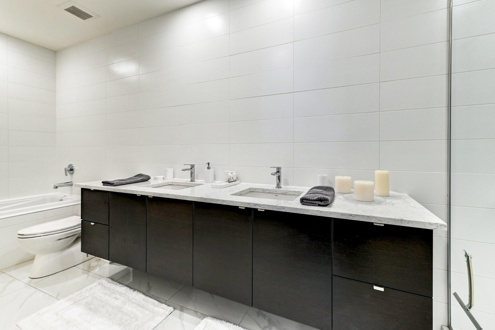 image 30 - Appartement À vendre Côte-des-Neiges/Notre-Dame-de-Grâce Montréal  - 16 pièces