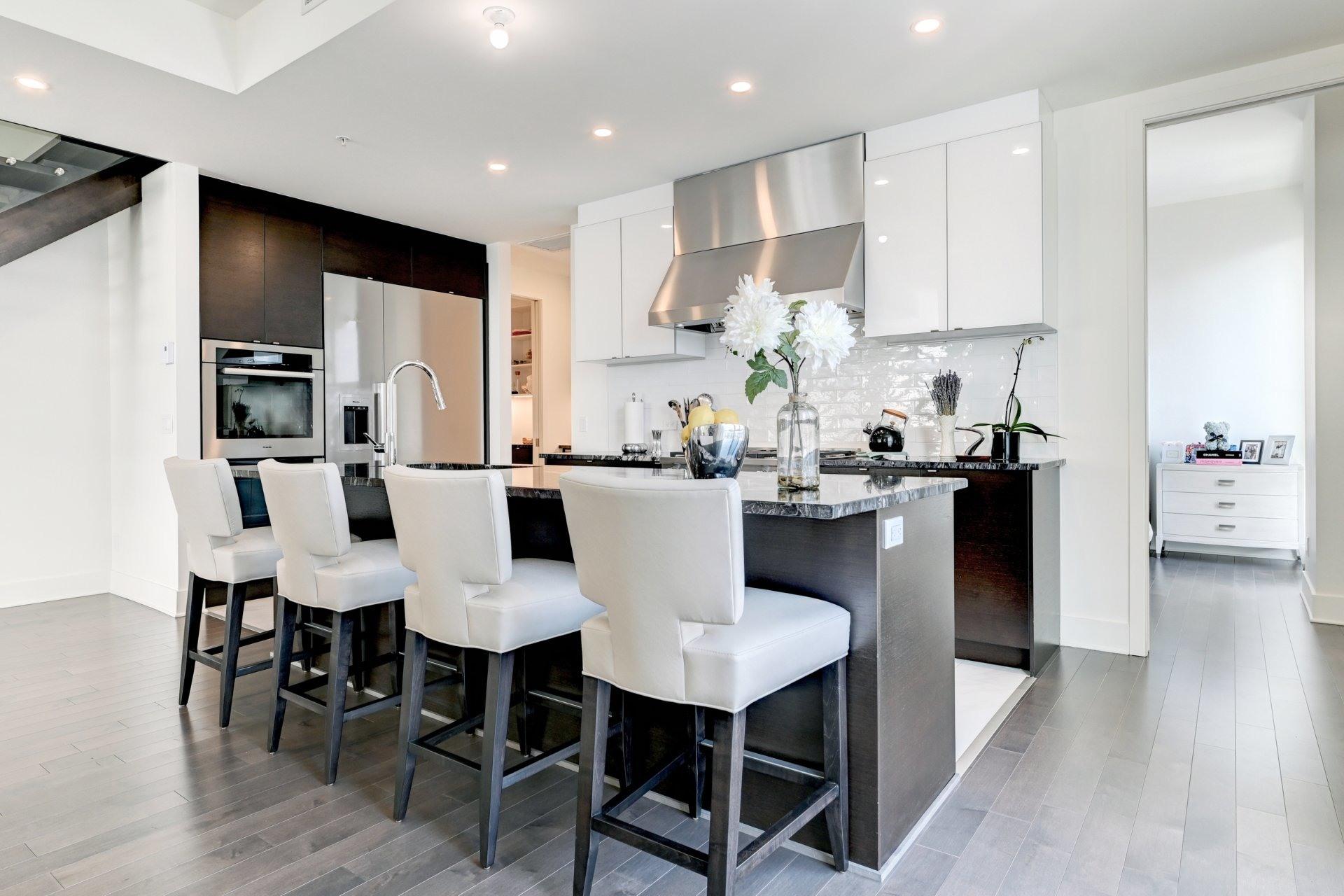 image 18 - Appartement À vendre Côte-des-Neiges/Notre-Dame-de-Grâce Montréal  - 16 pièces