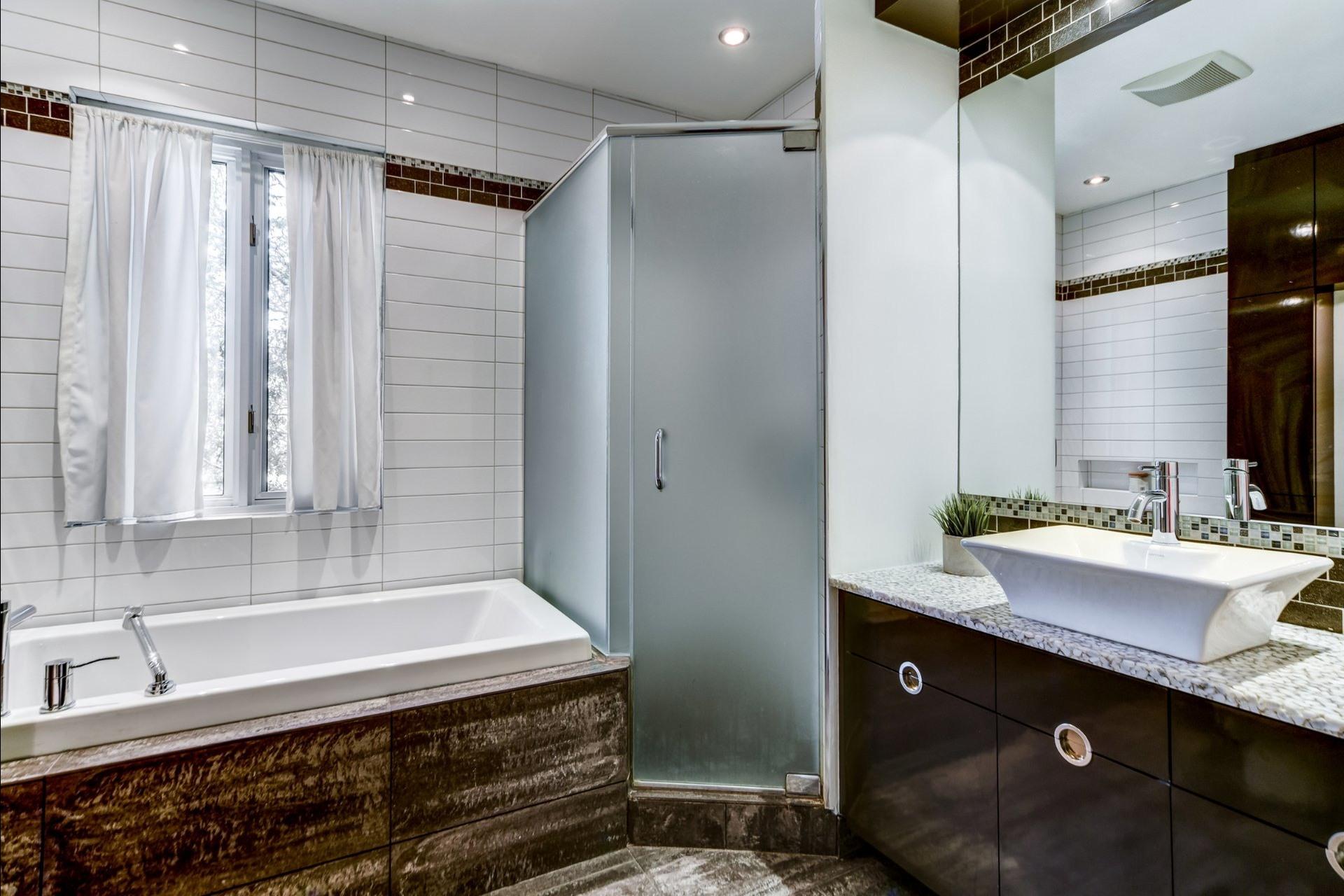 image 18 - Appartement À vendre Mont-Royal - 7 pièces