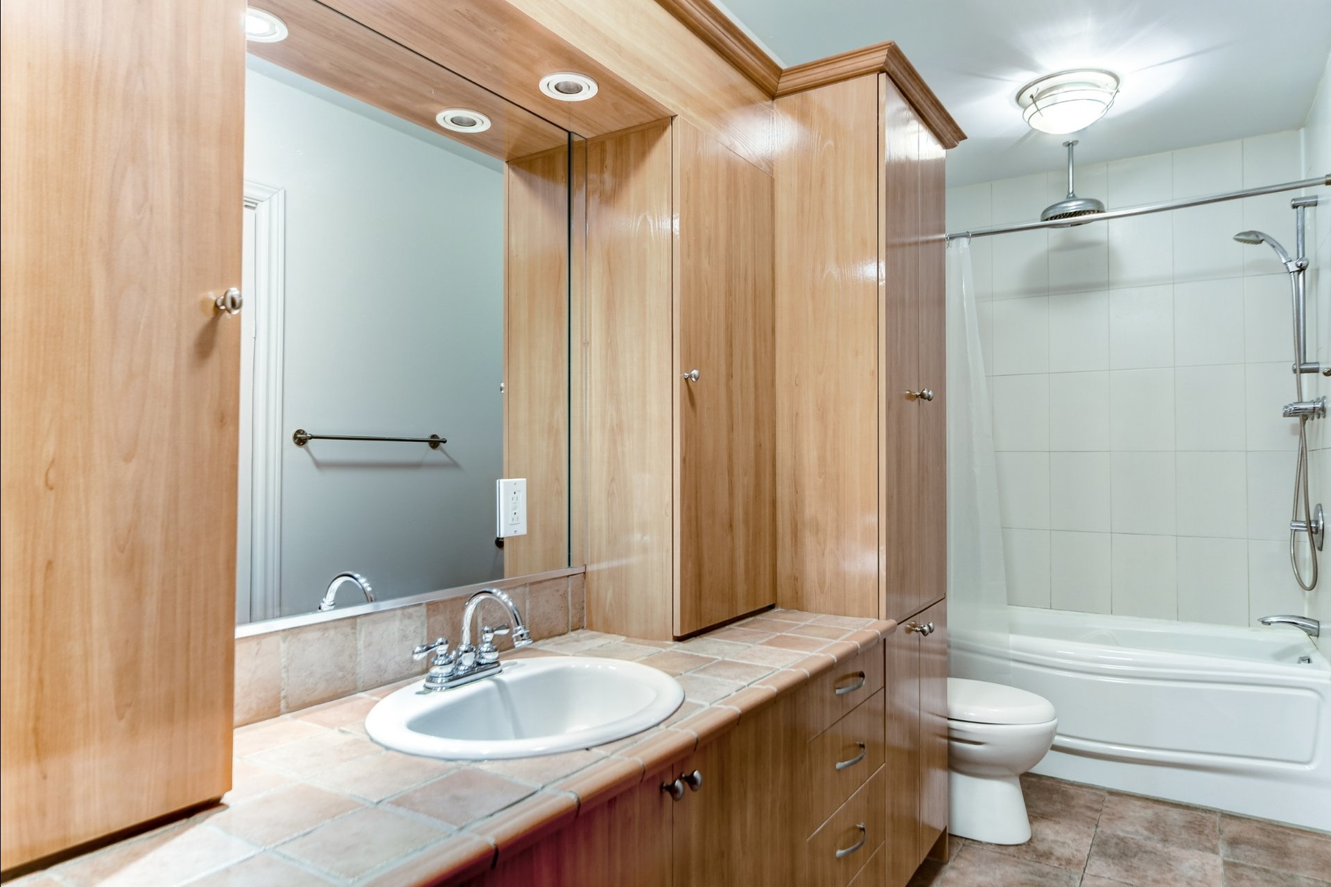 image 7 - Departamento Para alquiler Le Plateau-Mont-Royal Montréal  - 5 habitaciones