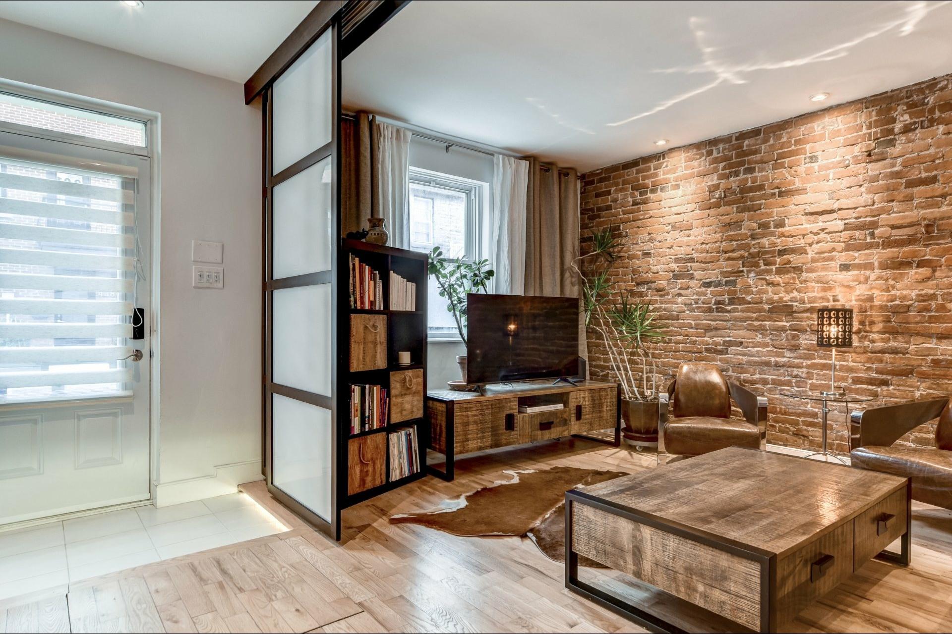 image 1 - Appartamento In Affitto Le Plateau-Mont-Royal Montréal  - 4 stanze