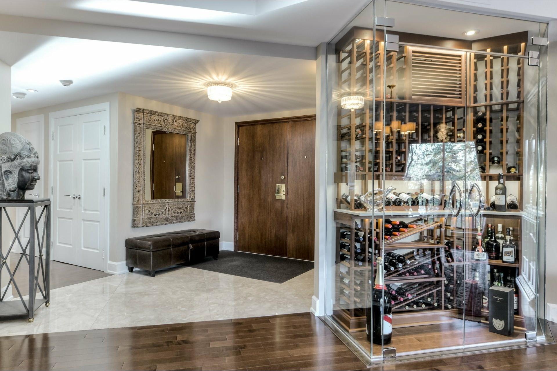 image 1 - 公寓 出售 Côte-des-Neiges/Notre-Dame-de-Grâce Montréal  - 6 室