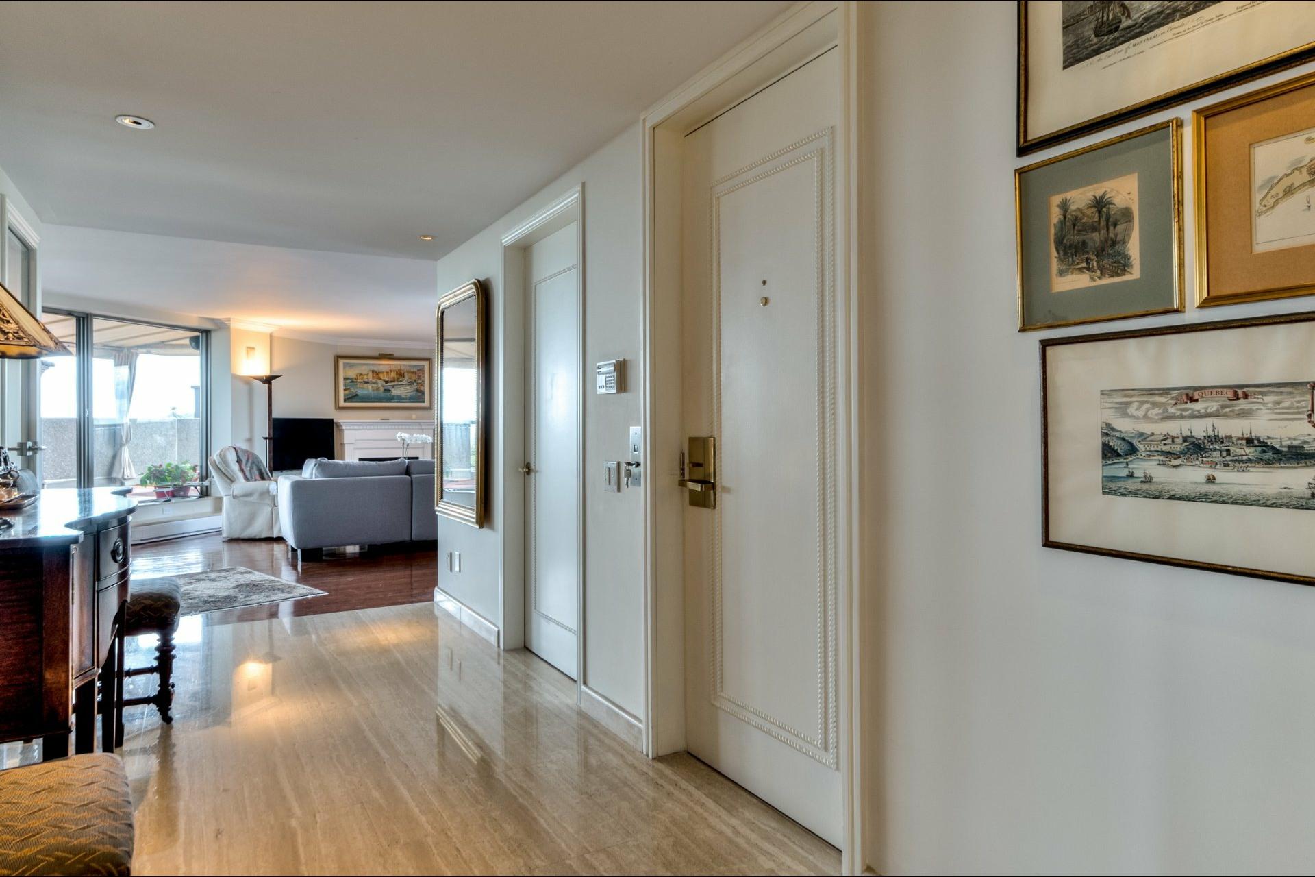 image 33 - Departamento En venta Côte-des-Neiges/Notre-Dame-de-Grâce Montréal  - 12 habitaciones