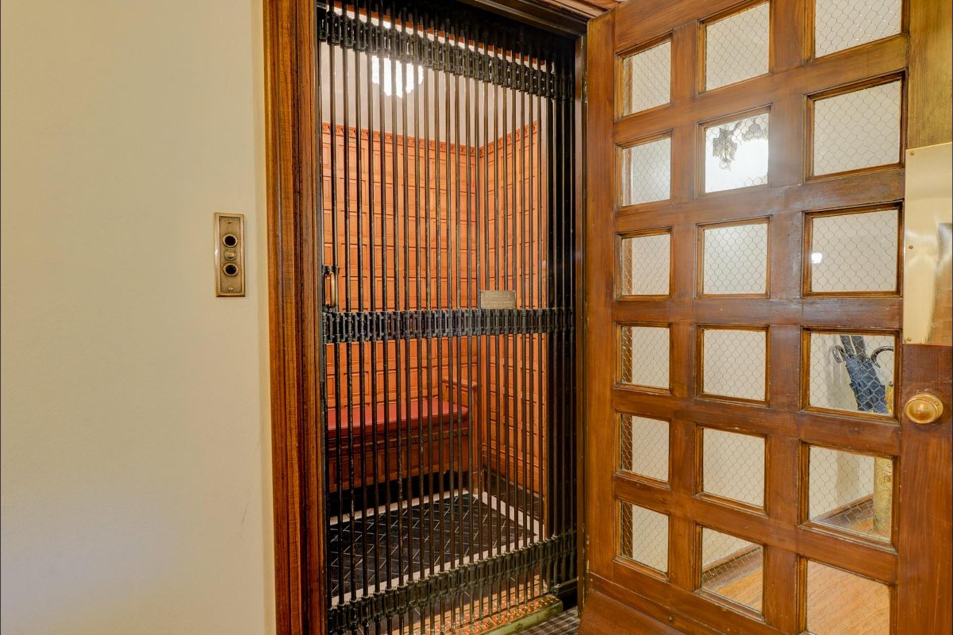 image 23 - Departamento En venta Ville-Marie Montréal  - 6 habitaciones