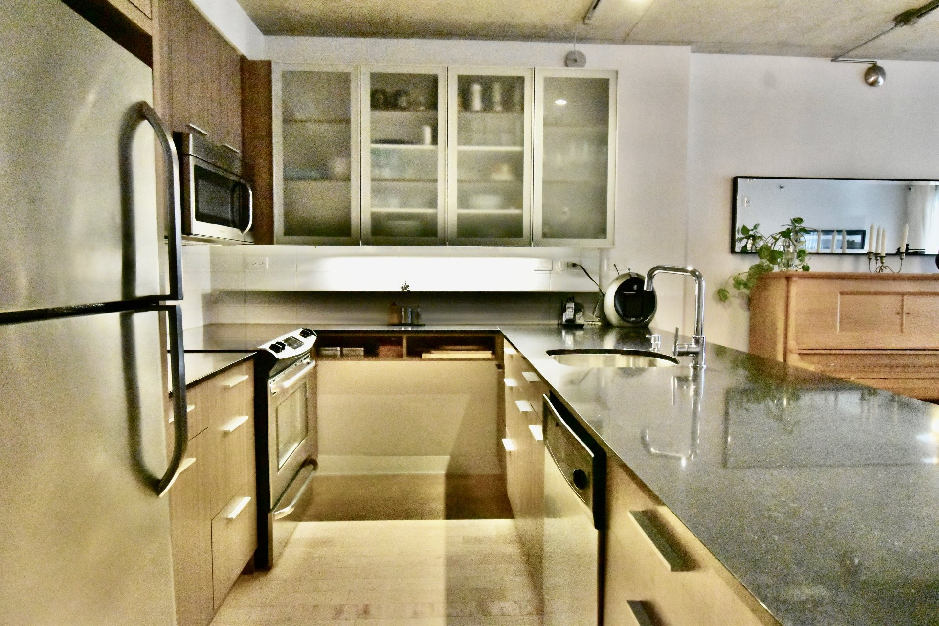 image 2 - Appartement À vendre Le Sud-Ouest Montréal  - 11 pièces