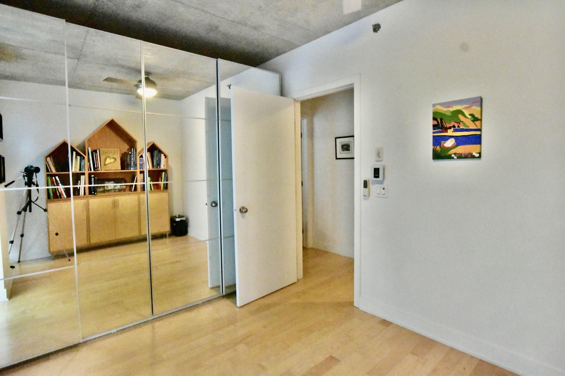image 11 - Appartement À vendre Le Sud-Ouest Montréal  - 11 pièces
