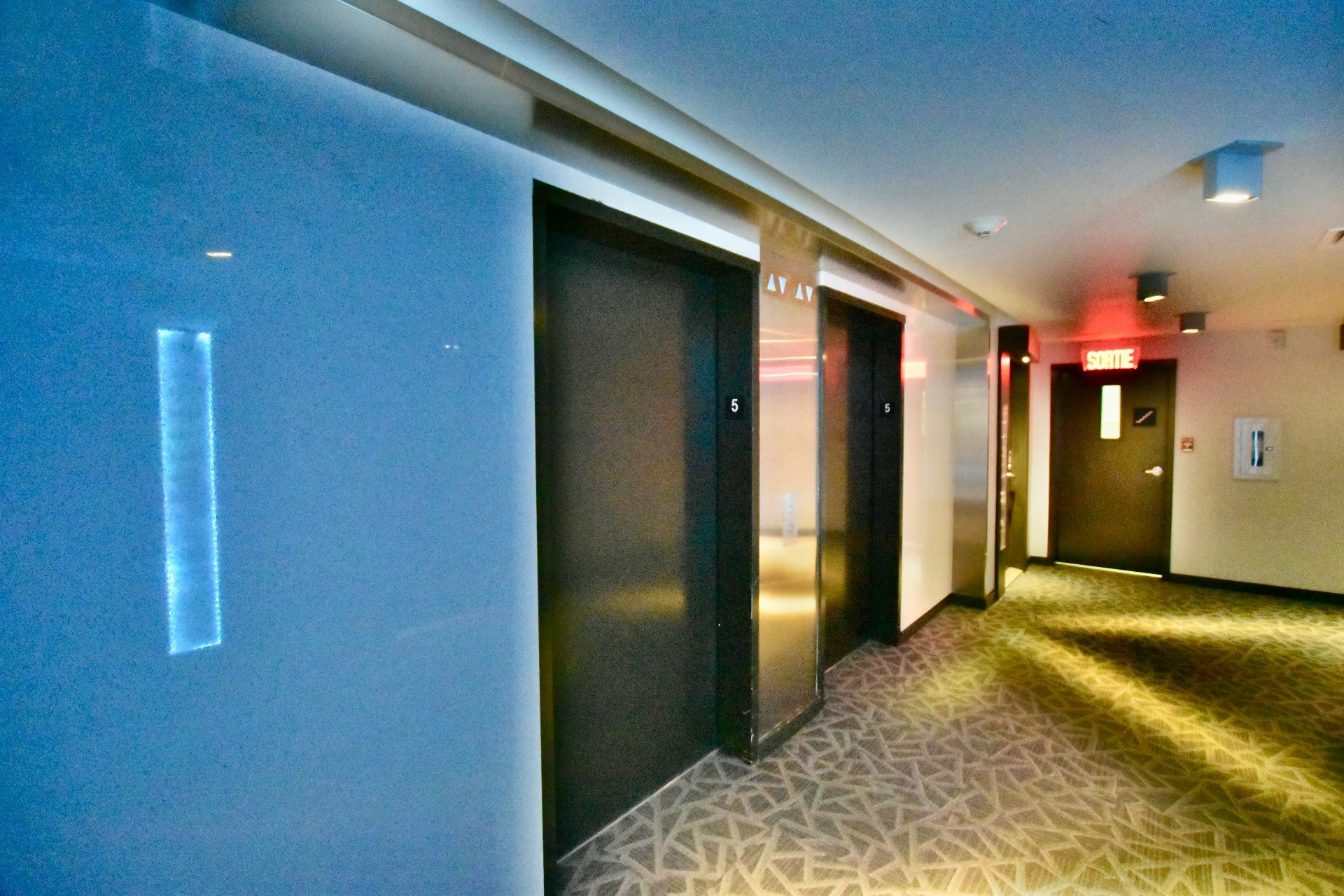 image 23 - Appartement À vendre Le Sud-Ouest Montréal  - 11 pièces