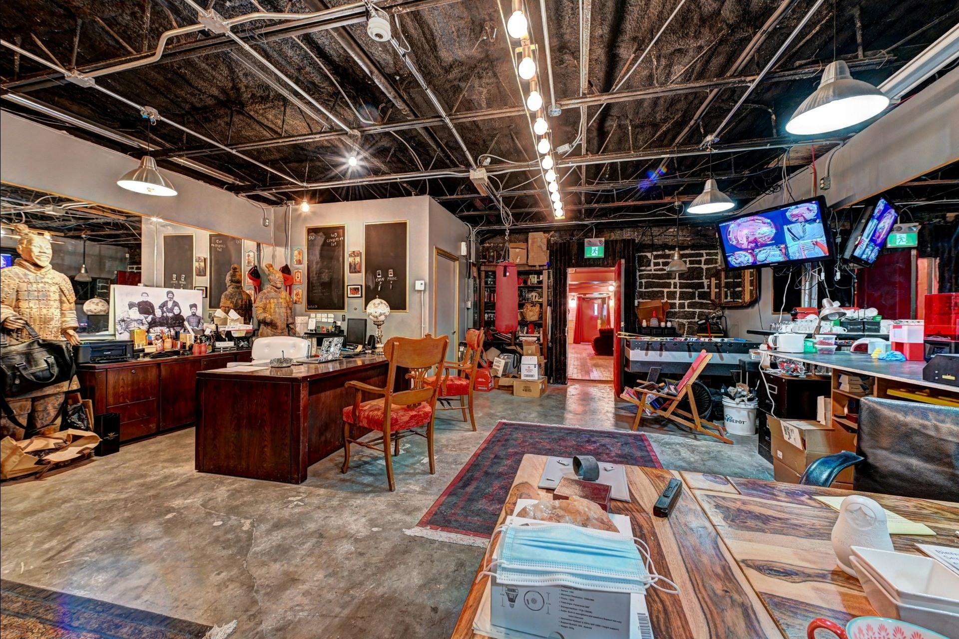 image 8 - Quadruplex For sale Ville-Marie Montréal  - 4 rooms
