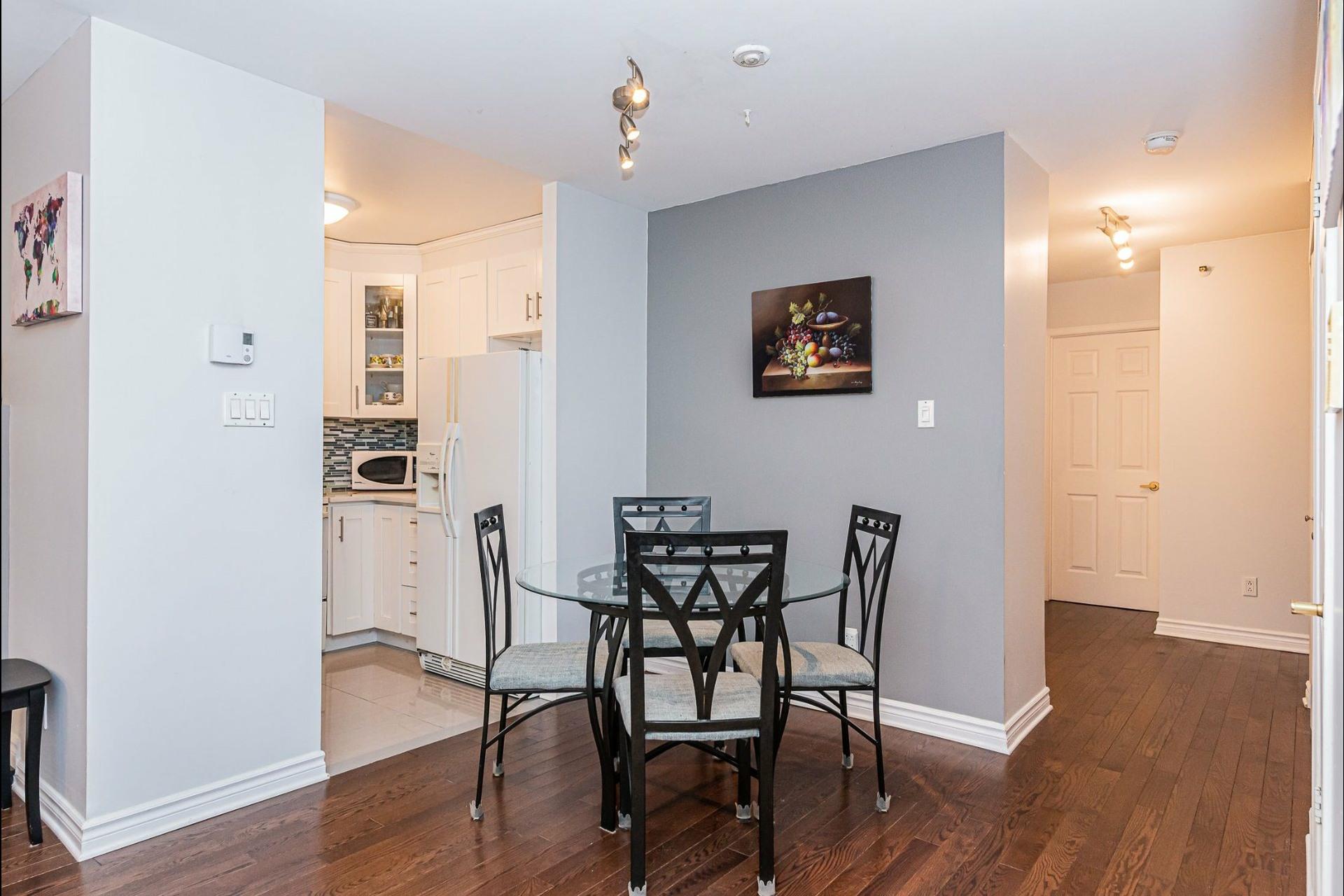 image 6 - Appartement À vendre Ville-Marie Montréal  - 6 pièces