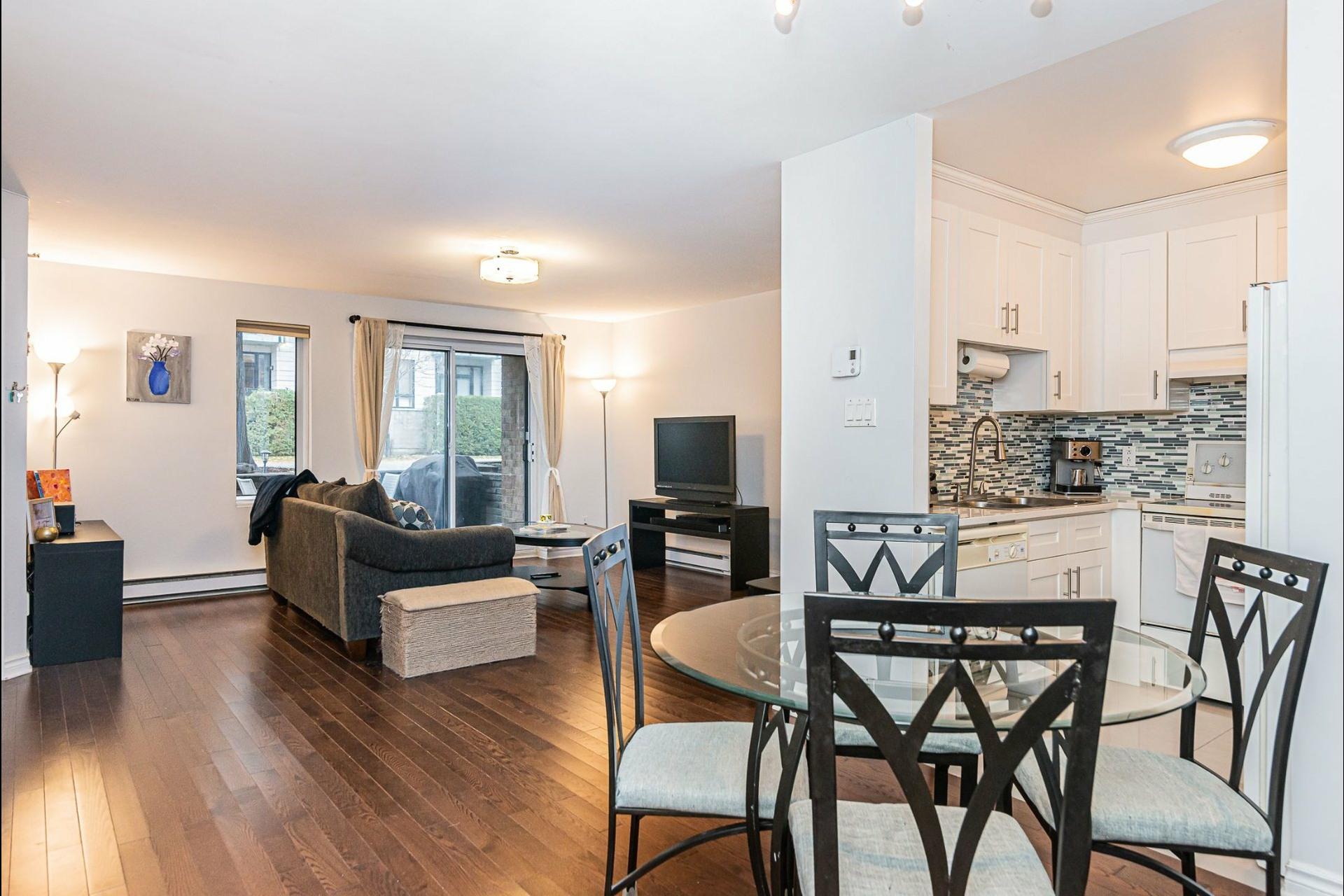 image 5 - Appartement À vendre Ville-Marie Montréal  - 6 pièces