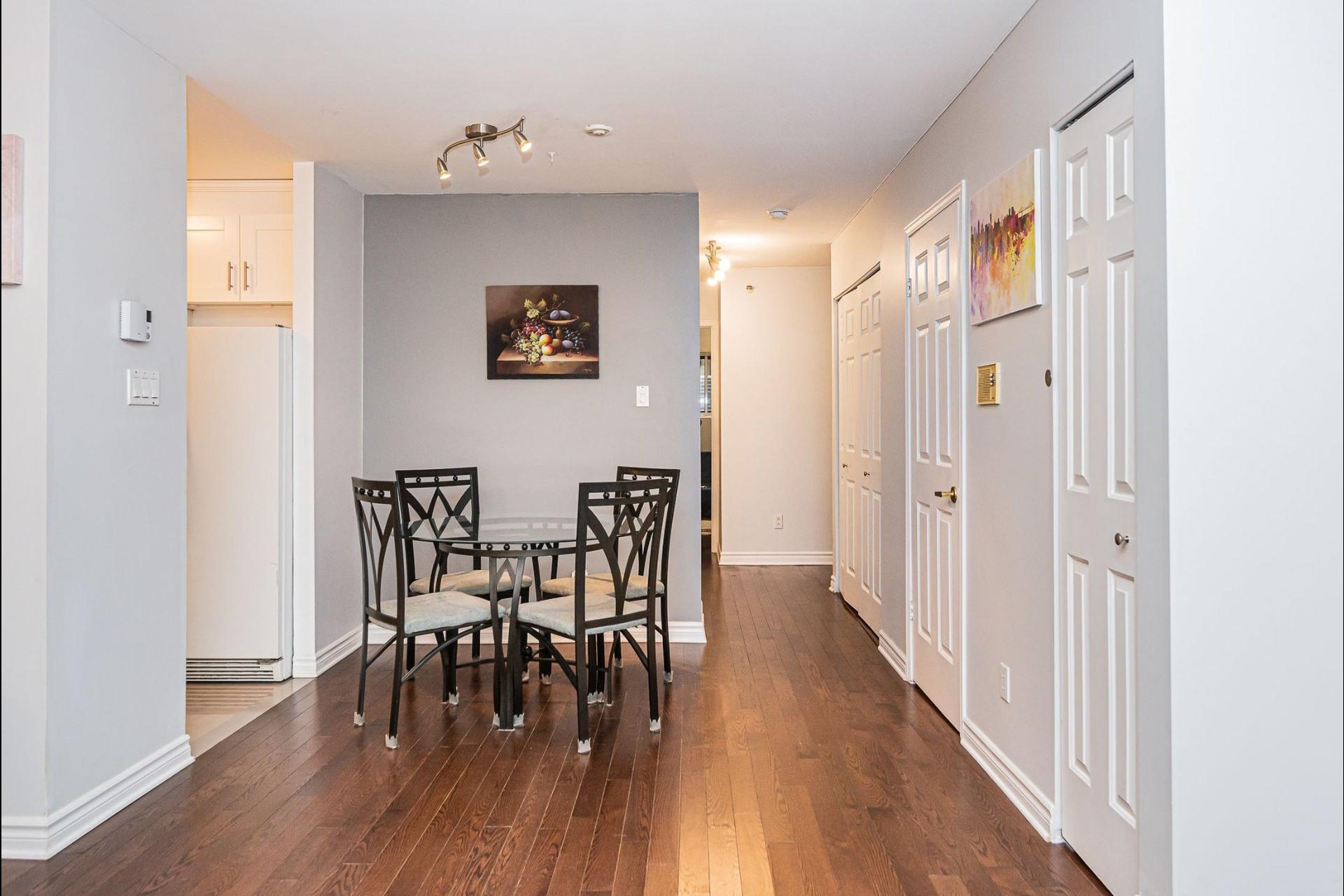 image 10 - Appartement À vendre Ville-Marie Montréal  - 6 pièces
